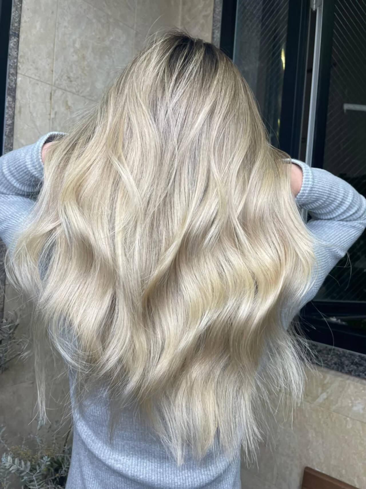 ミニボブ 透明感カラー ウルフレイヤー ミディアムレイヤーヘアスタイルや髪型の写真・画像