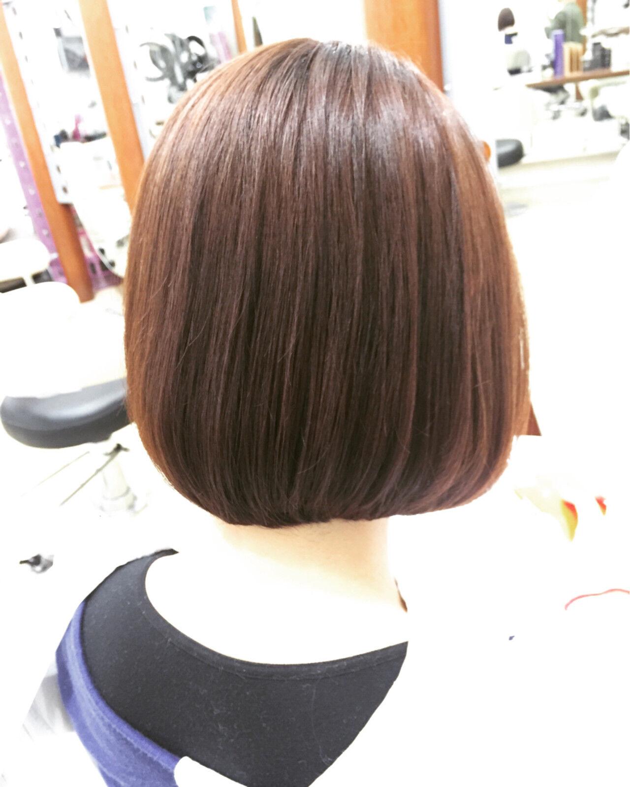 ボブ ハイライト 前下がり ブラウンヘアスタイルや髪型の写真・画像
