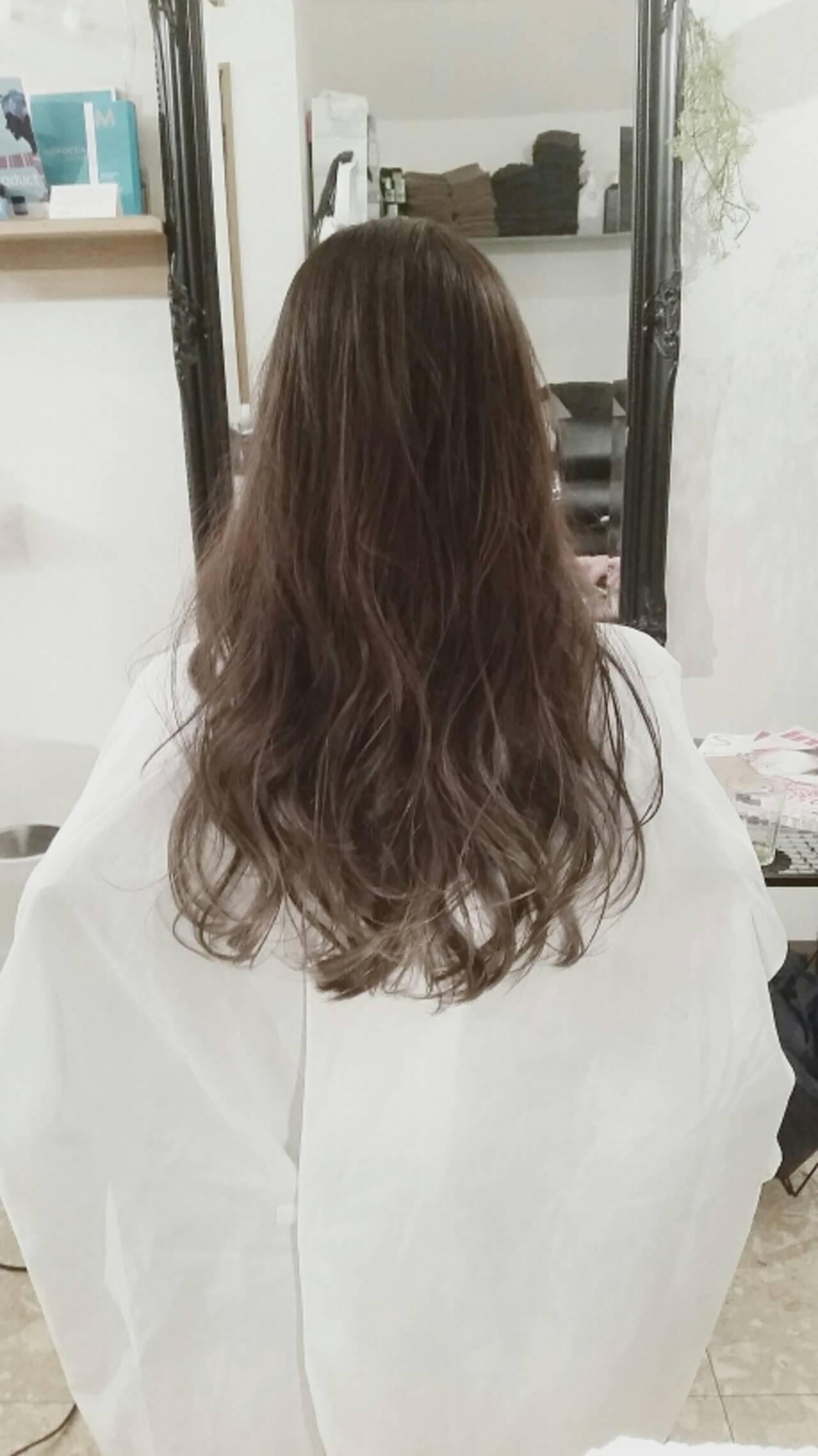 グラデーションカラー ダブルカラー ハイライト ロングヘアスタイルや髪型の写真・画像