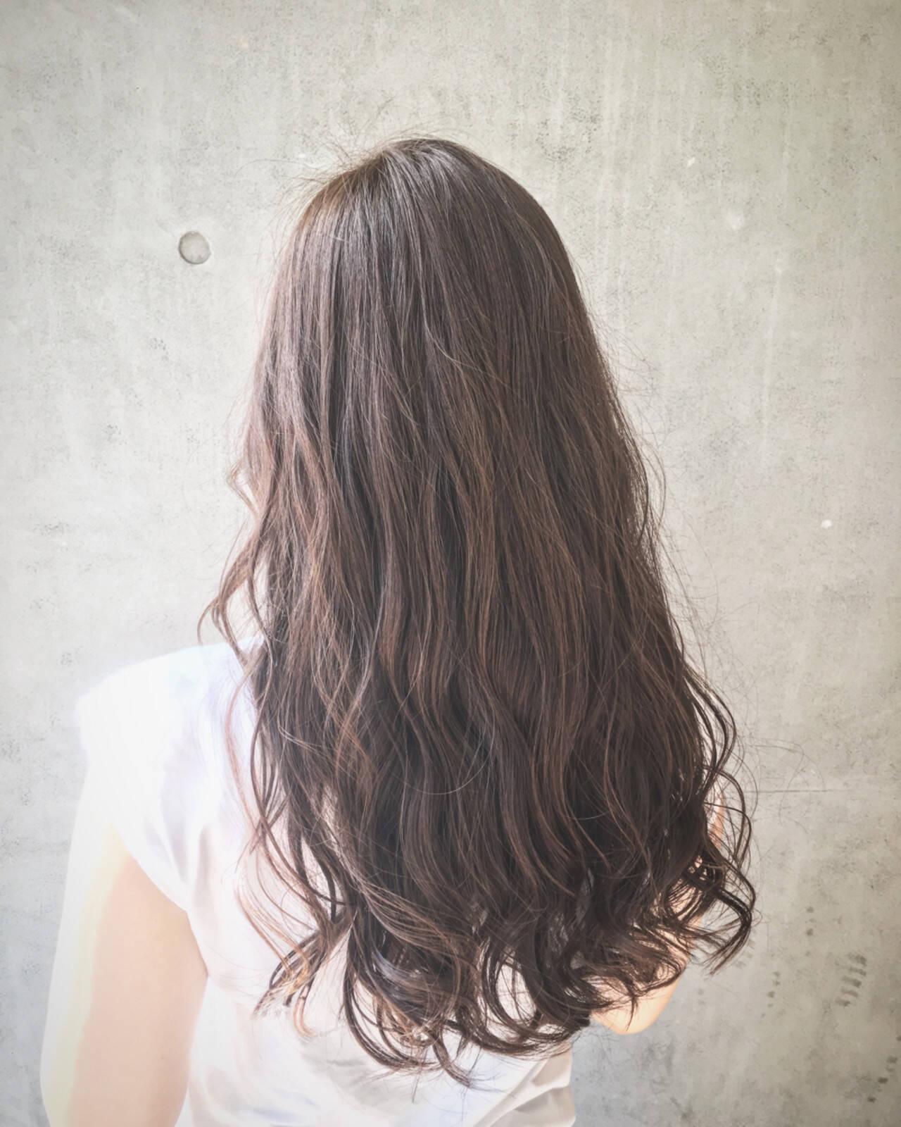 モテ髪 ナチュラル アッシュベージュ ロングヘアスタイルや髪型の写真・画像