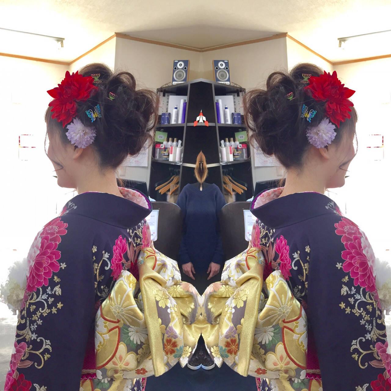 かわいい ヘアアレンジ 成人式 セミロングヘアスタイルや髪型の写真・画像
