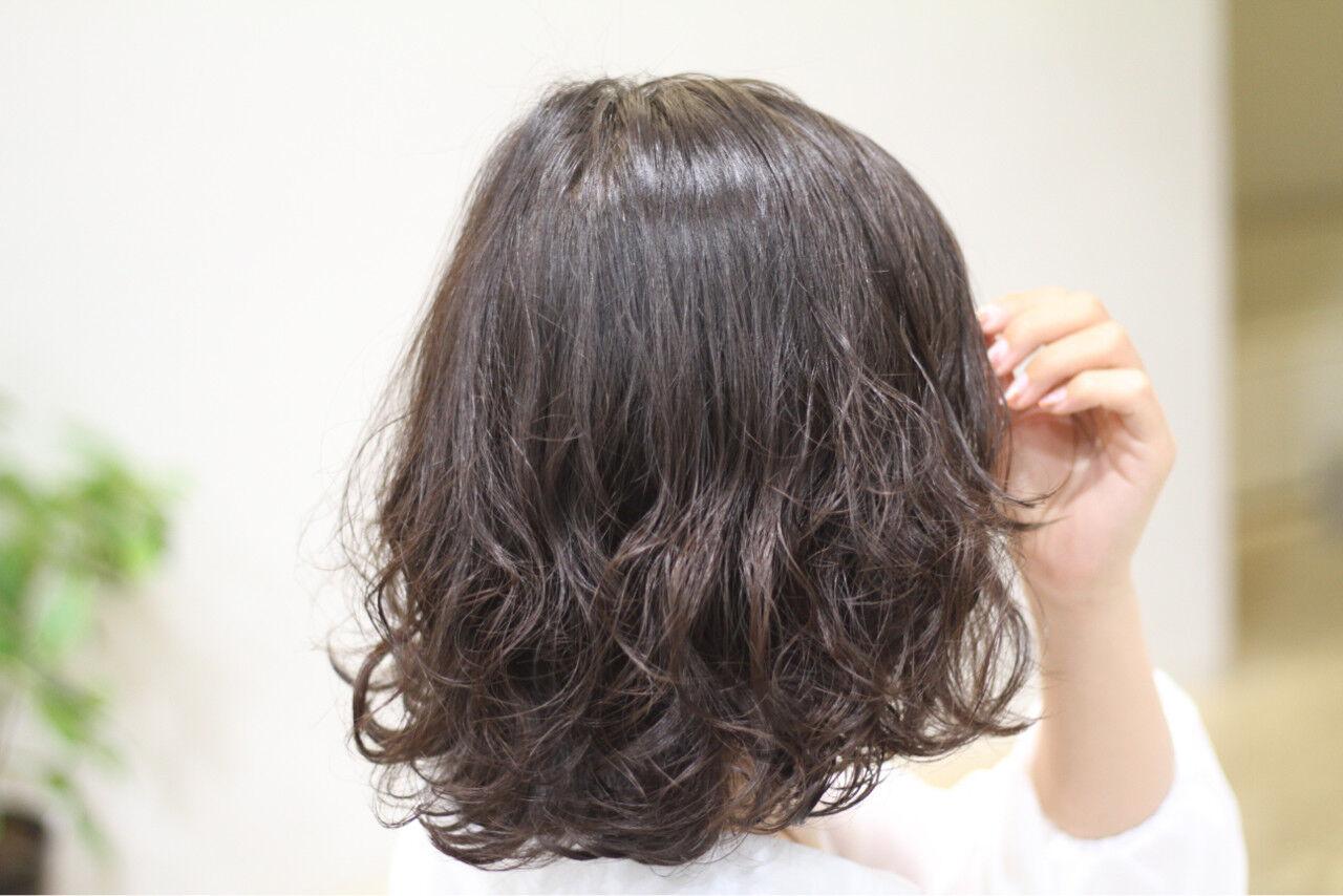 大人女子 色気 パーマ ボブヘアスタイルや髪型の写真・画像