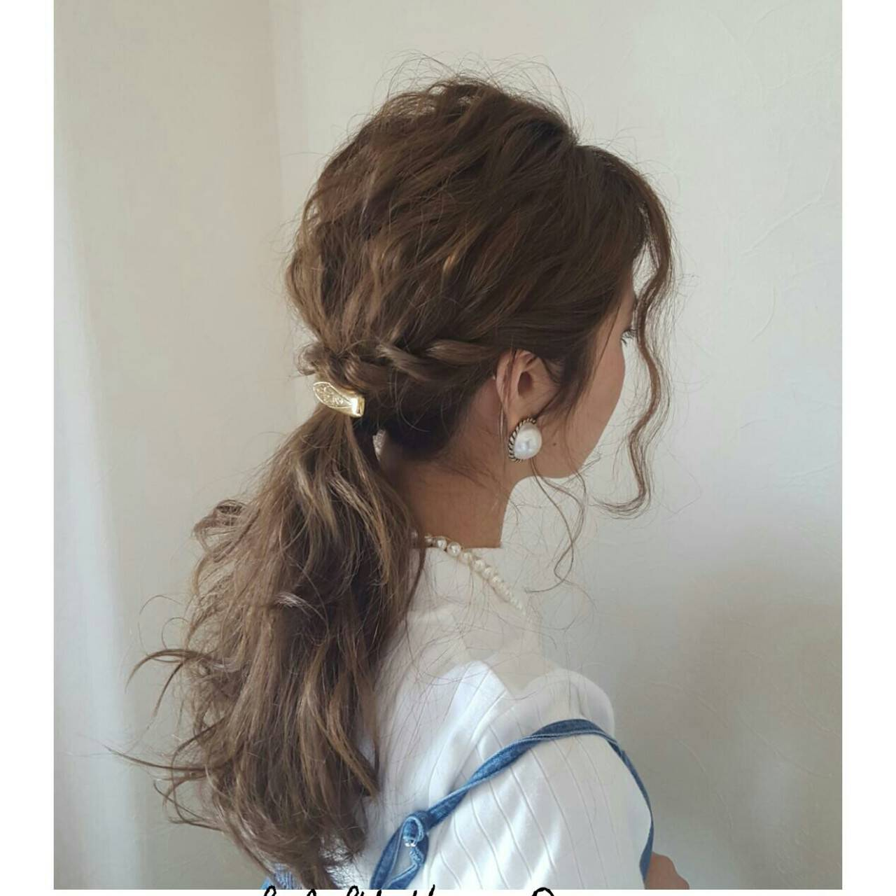 セミロング ナチュラル 簡単ヘアアレンジ ショートヘアスタイルや髪型の写真・画像