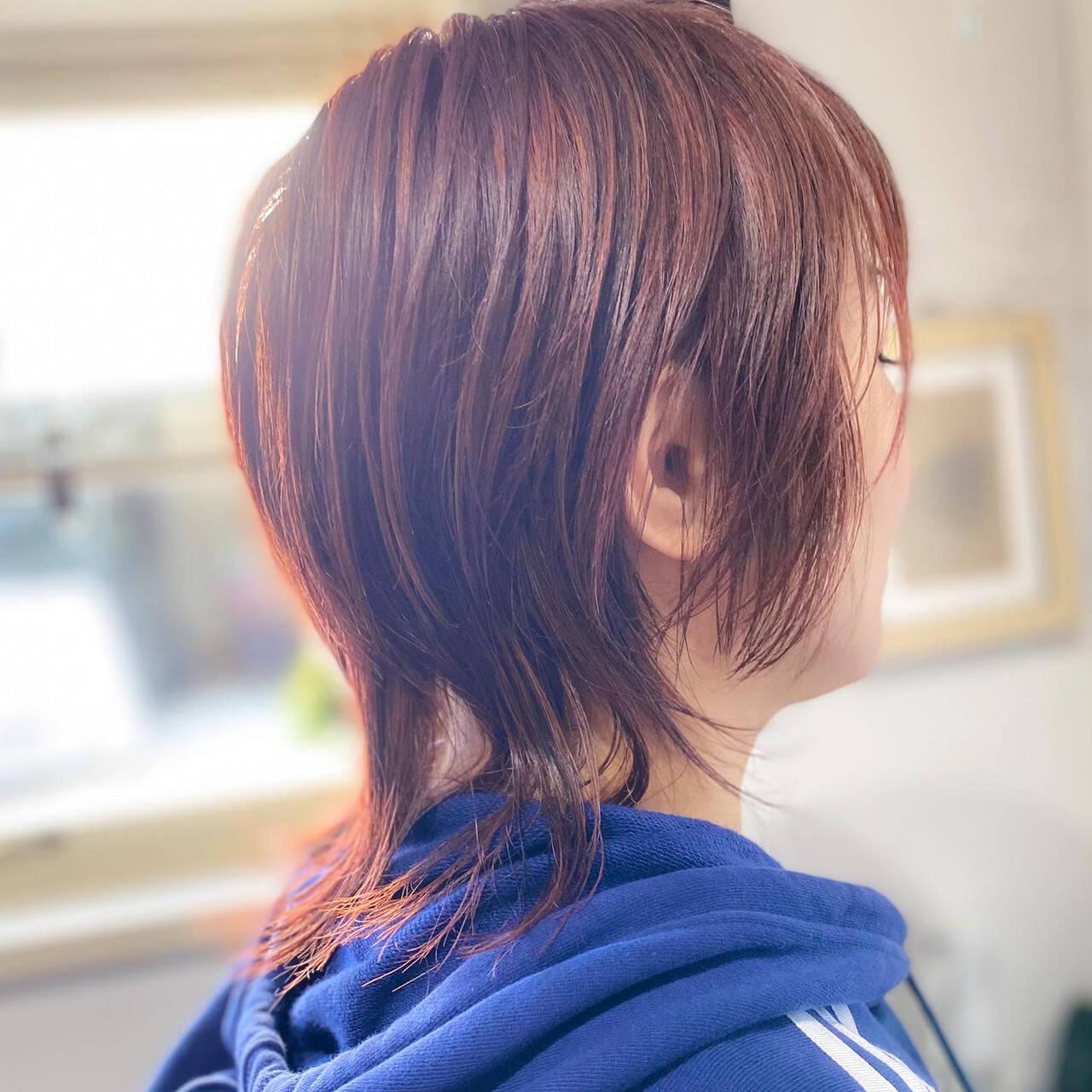 ミディアム ベリーピンク ピンクベージュ ナチュラルヘアスタイルや髪型の写真・画像