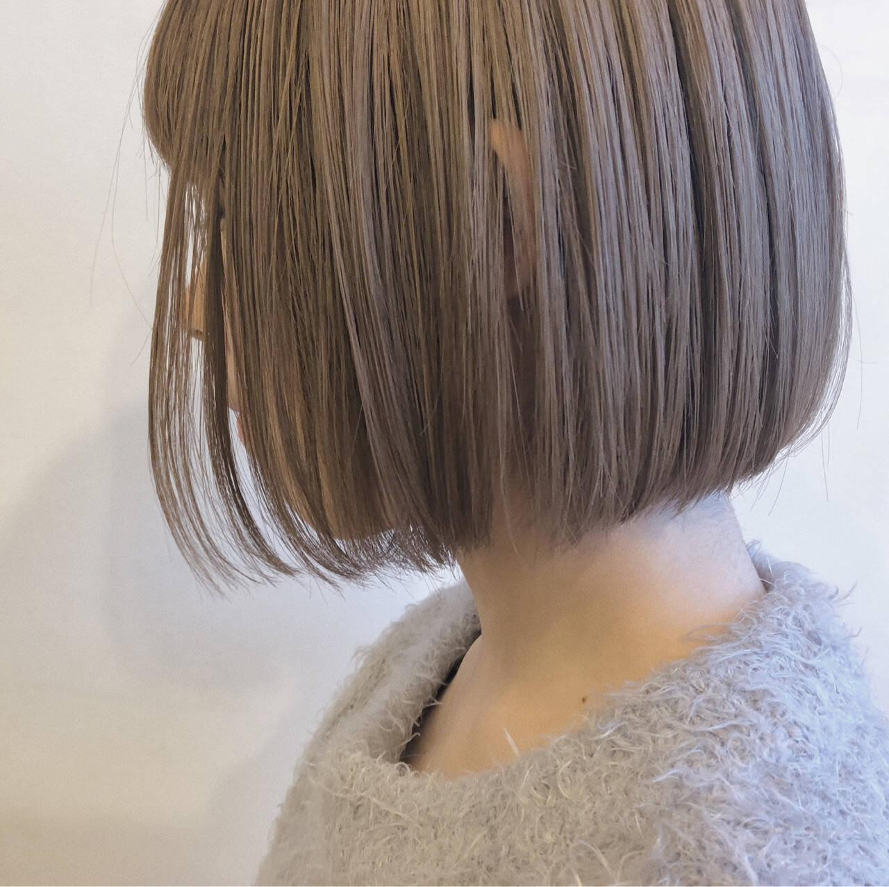 ミルクティーベージュ ワンレングス ブリーチ ボブヘアスタイルや髪型の写真・画像