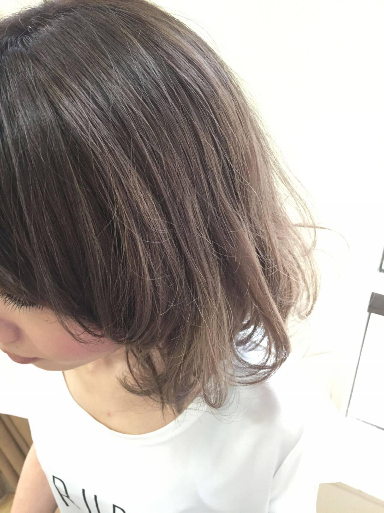 アッシュベージュ ボブ グレージュ アッシュグラデーションヘアスタイルや髪型の写真・画像
