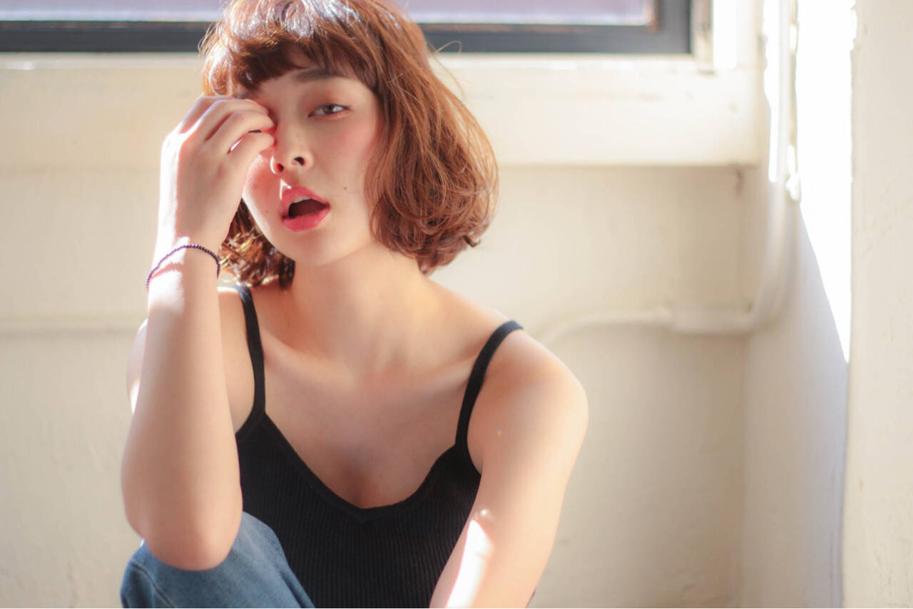 外国人風 大人かわいい 外ハネ パーマヘアスタイルや髪型の写真・画像