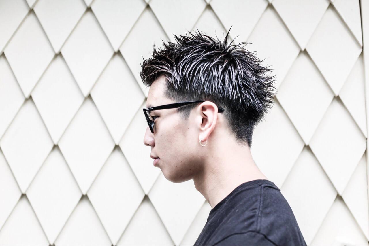 ボーイッシュ ストリート 黒髪 ショートヘアスタイルや髪型の写真・画像