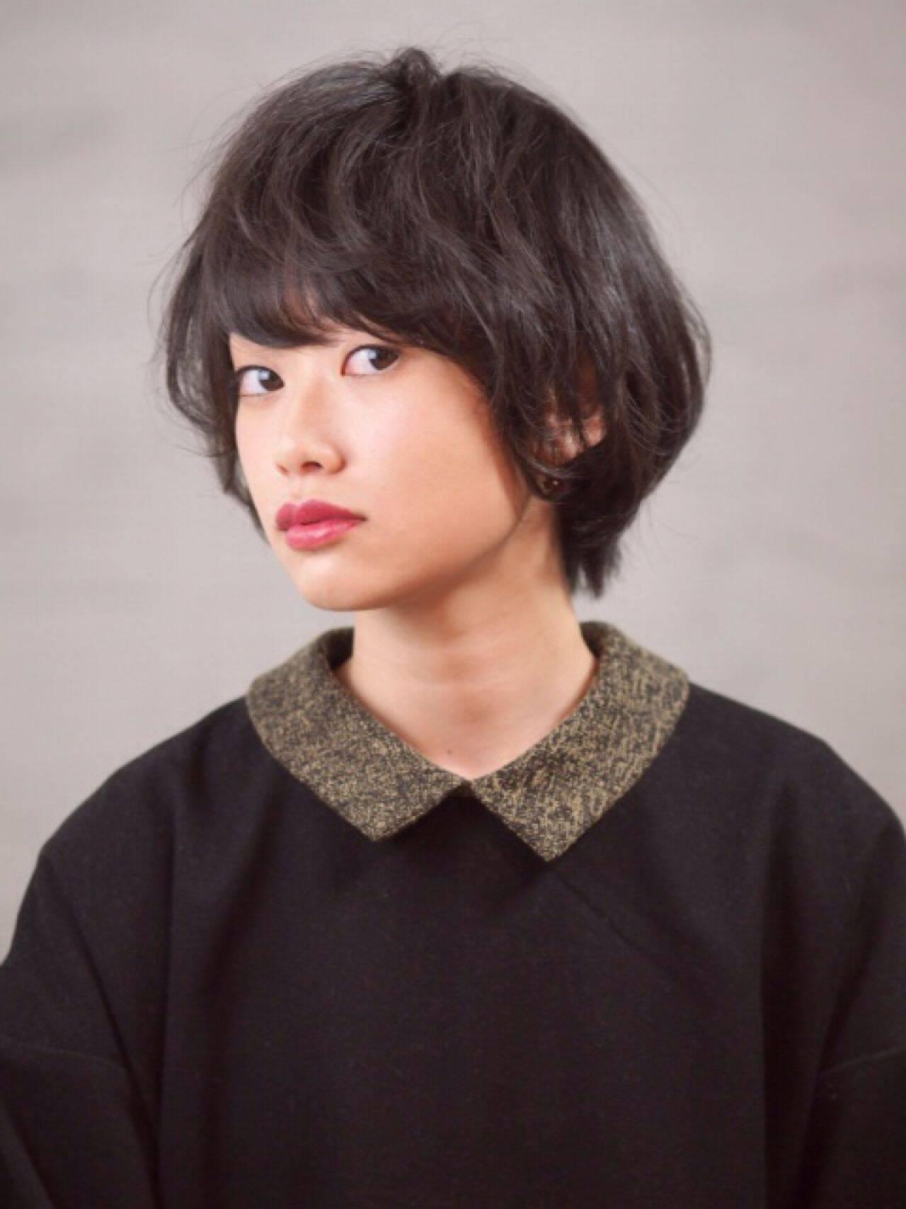 ナチュラル 黒髪 卵型 ショートヘアスタイルや髪型の写真・画像