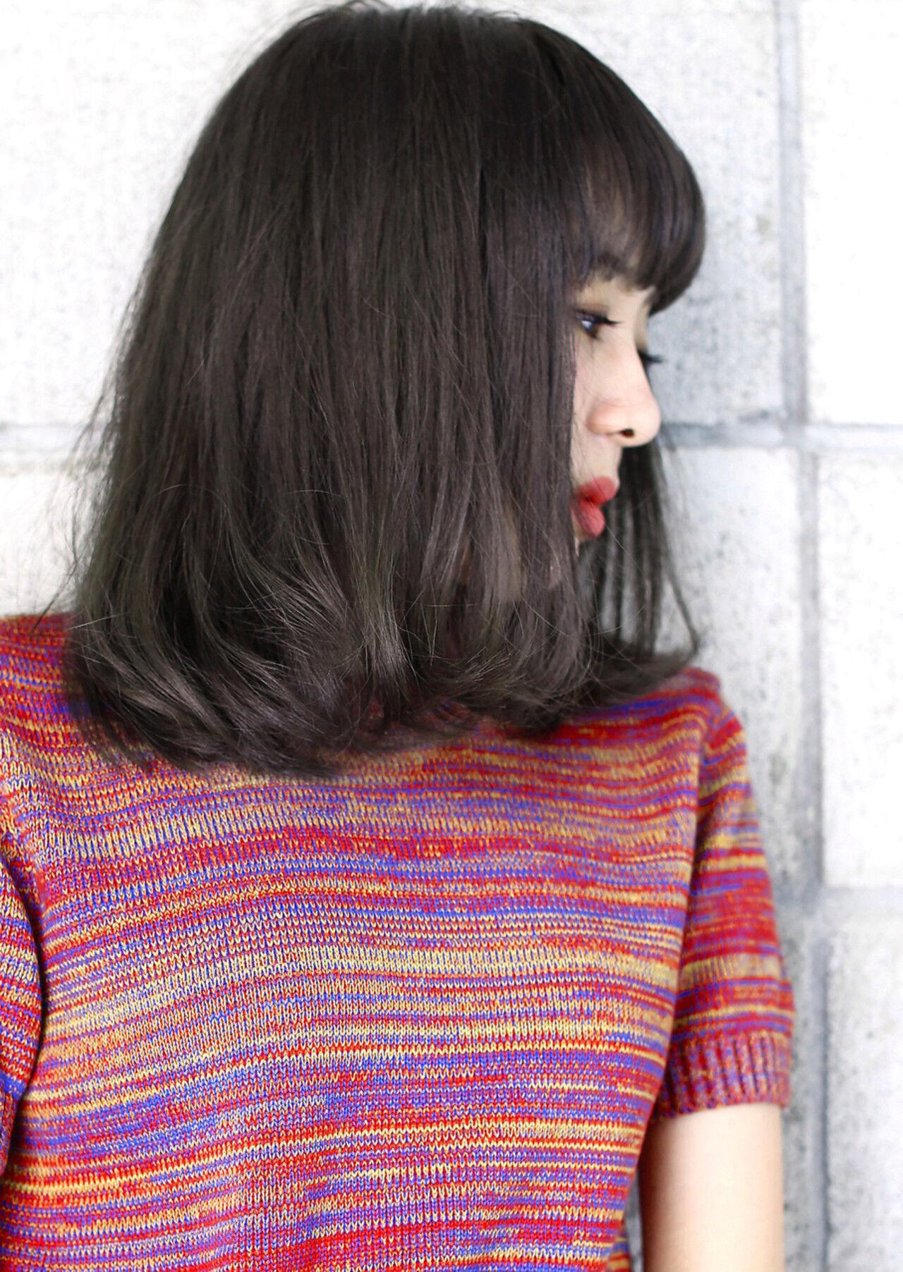 外国人風 ロブ 暗髪 黒髪ヘアスタイルや髪型の写真・画像