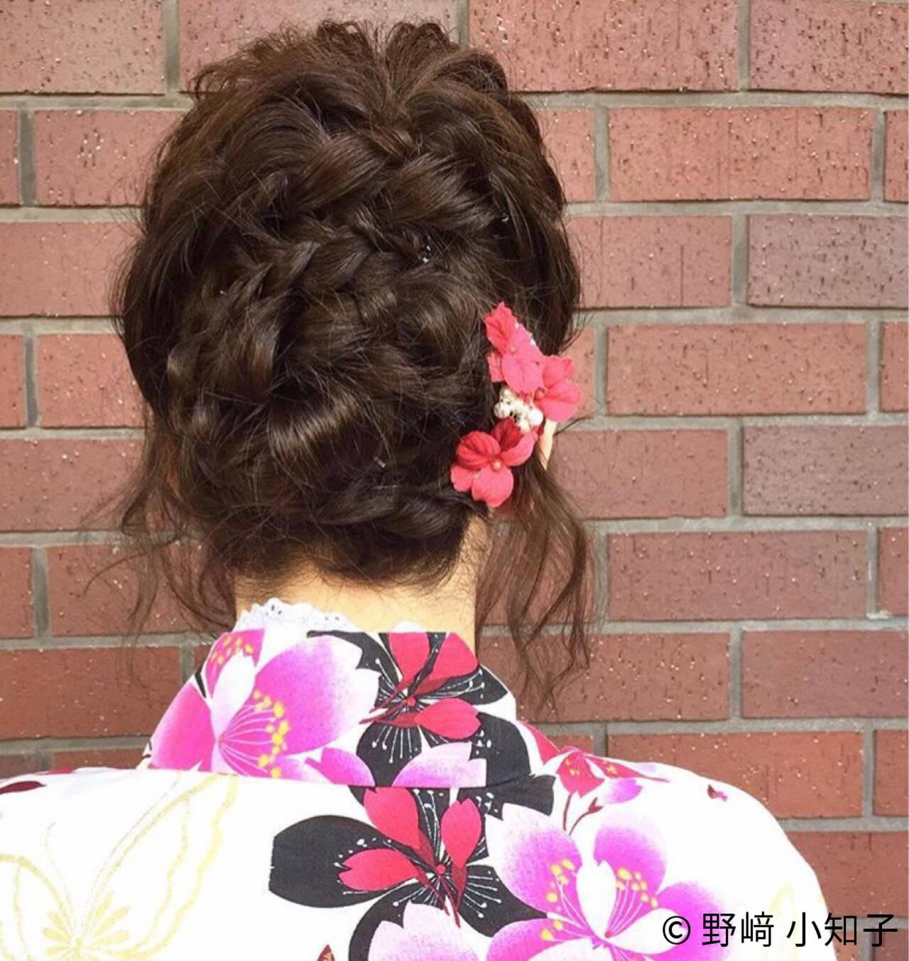 編み込み 夏 ヘアアレンジ くるりんぱヘアスタイルや髪型の写真・画像