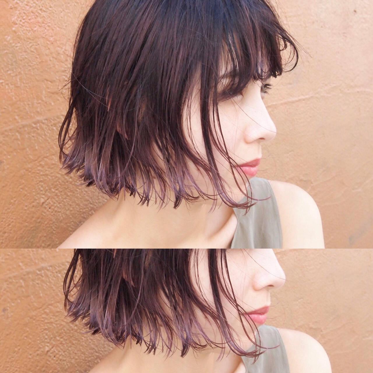 インナーカラー ナチュラル ハイライト フリンジバングヘアスタイルや髪型の写真・画像