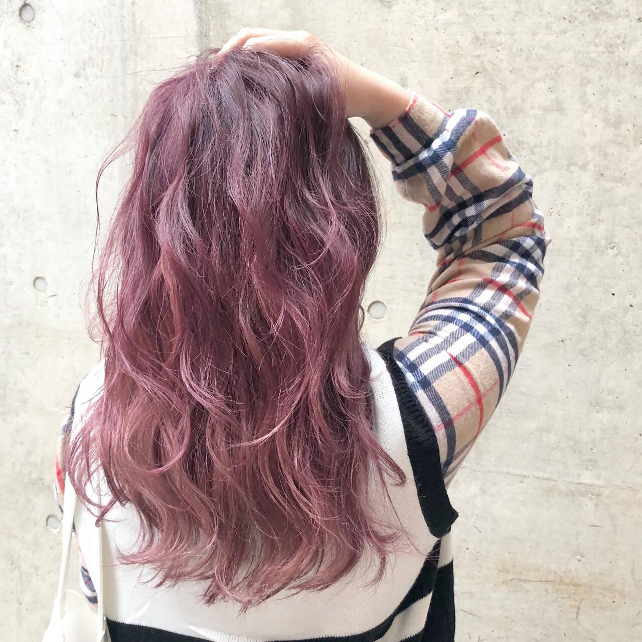 ロング 外国人風カラー ストリート ラベンダーアッシュヘアスタイルや髪型の写真・画像