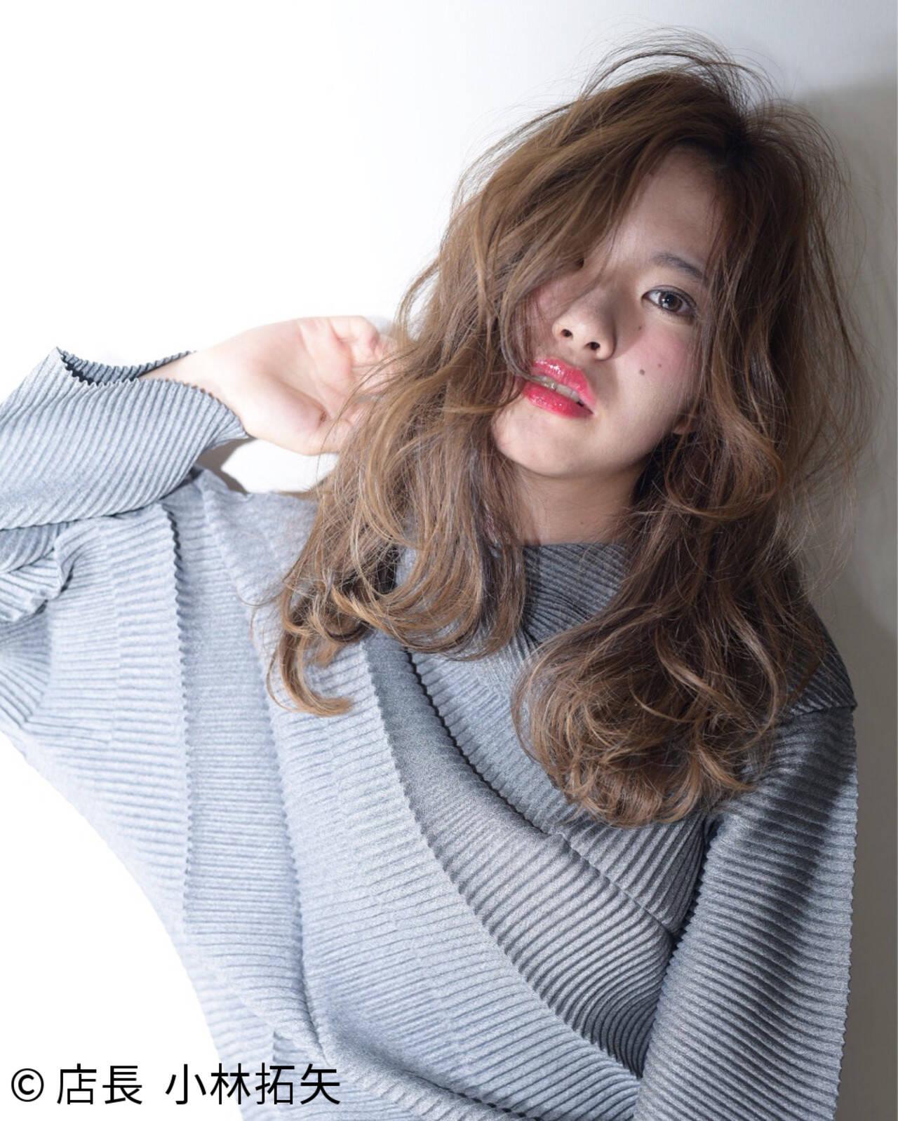 大人女子 グラデーションカラー 小顔 外国人風ヘアスタイルや髪型の写真・画像