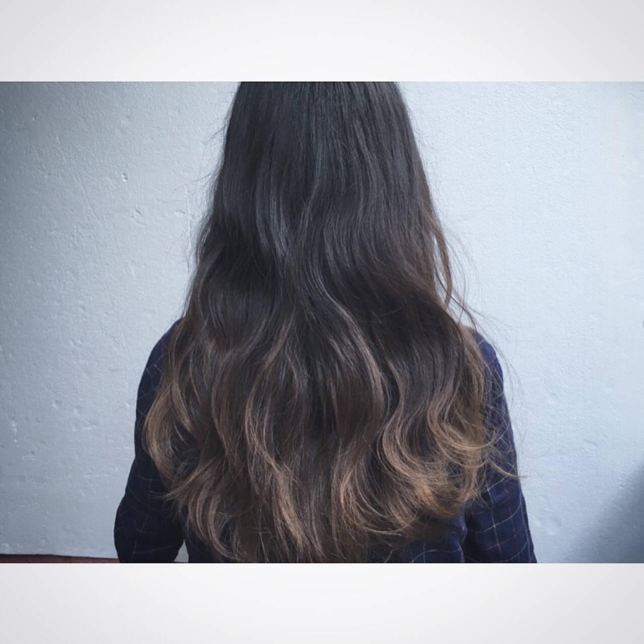 波ウェーブ ストリート 外国人風 インナーカラーヘアスタイルや髪型の写真・画像