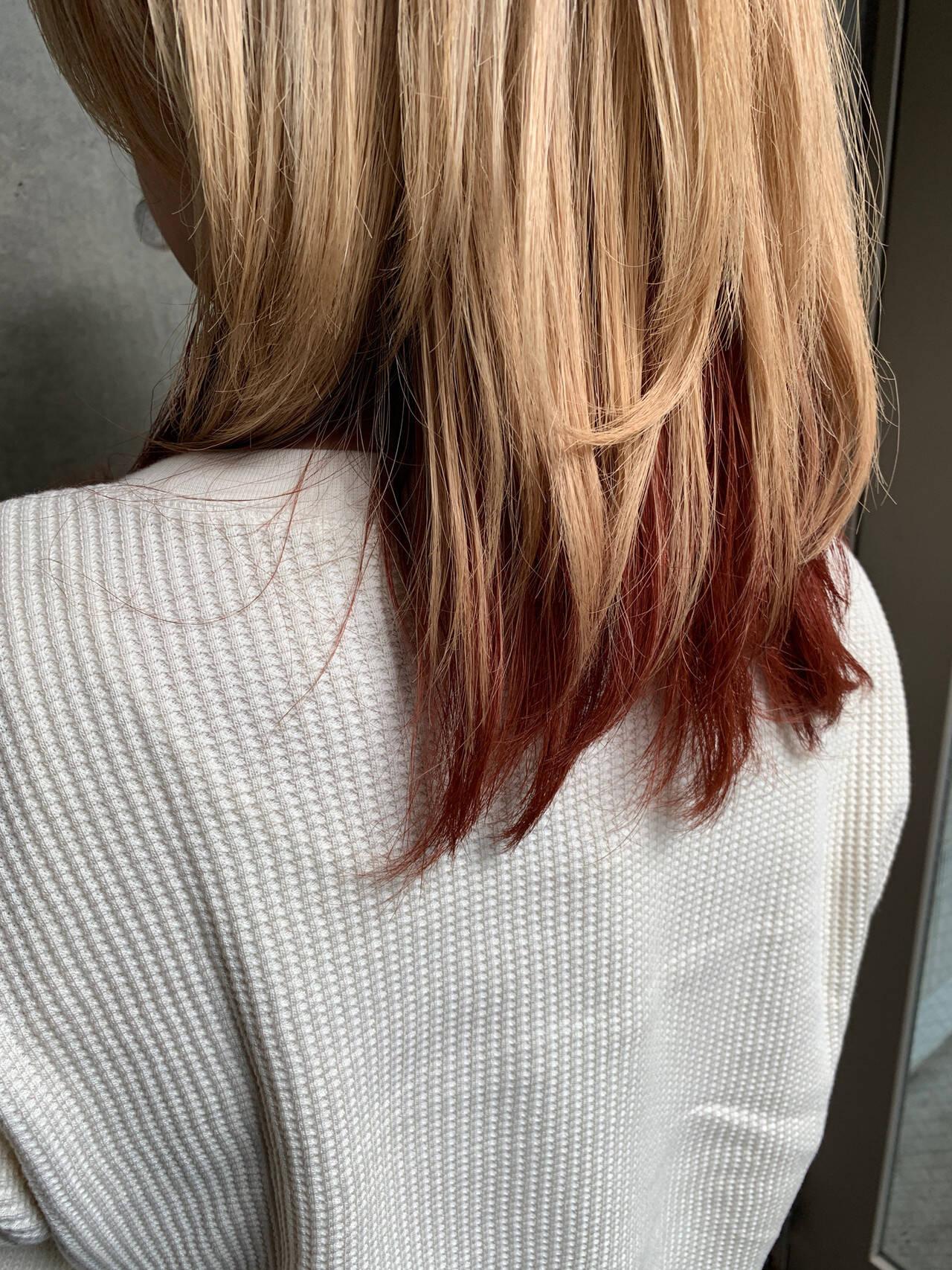 ミディアム ショートボブ ショートヘア 切りっぱなしボブヘアスタイルや髪型の写真・画像