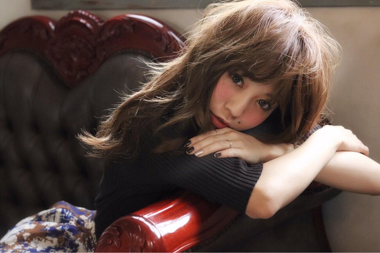 大人女子 小顔 フェミニン ナチュラルヘアスタイルや髪型の写真・画像