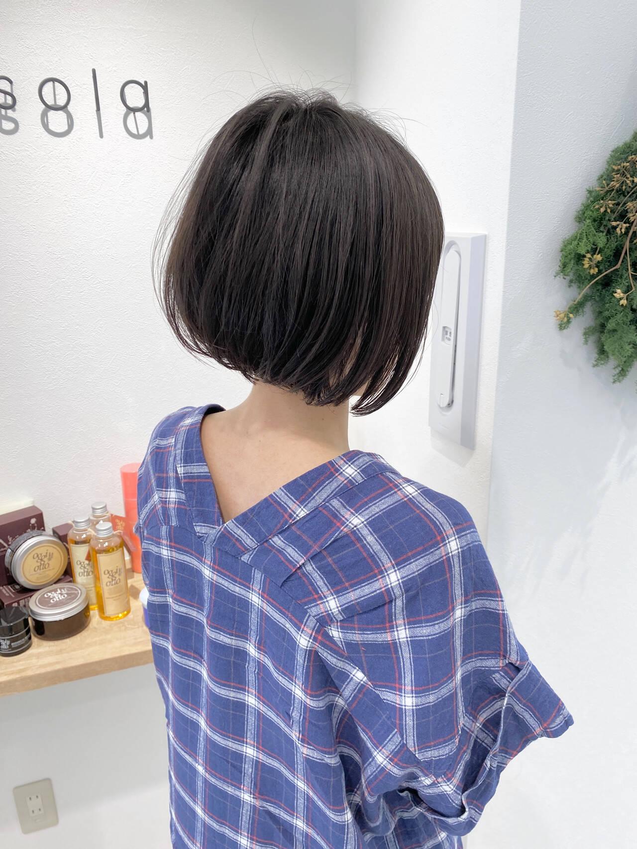 ワンカール ミニボブ 切りっぱなしボブ ナチュラルヘアスタイルや髪型の写真・画像