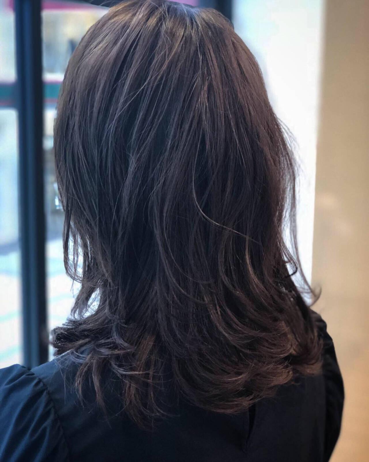 ナチュラル ミディアム アンニュイほつれヘア 大人かわいいヘアスタイルや髪型の写真・画像