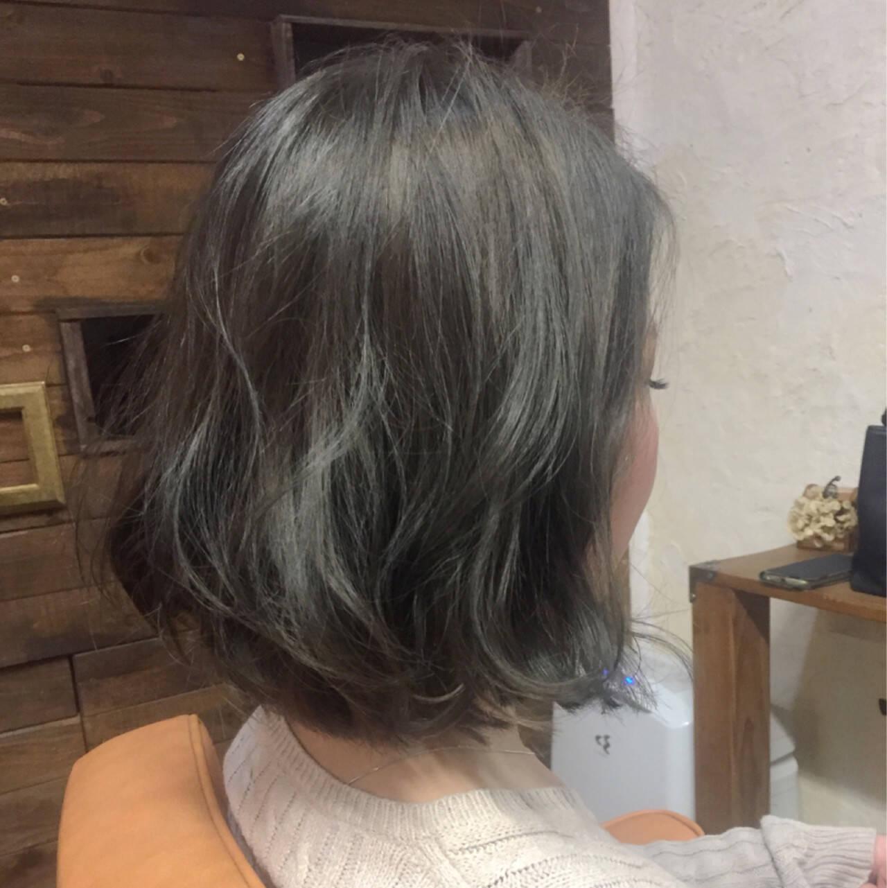 ボブ 色気 グレージュ アッシュヘアスタイルや髪型の写真・画像