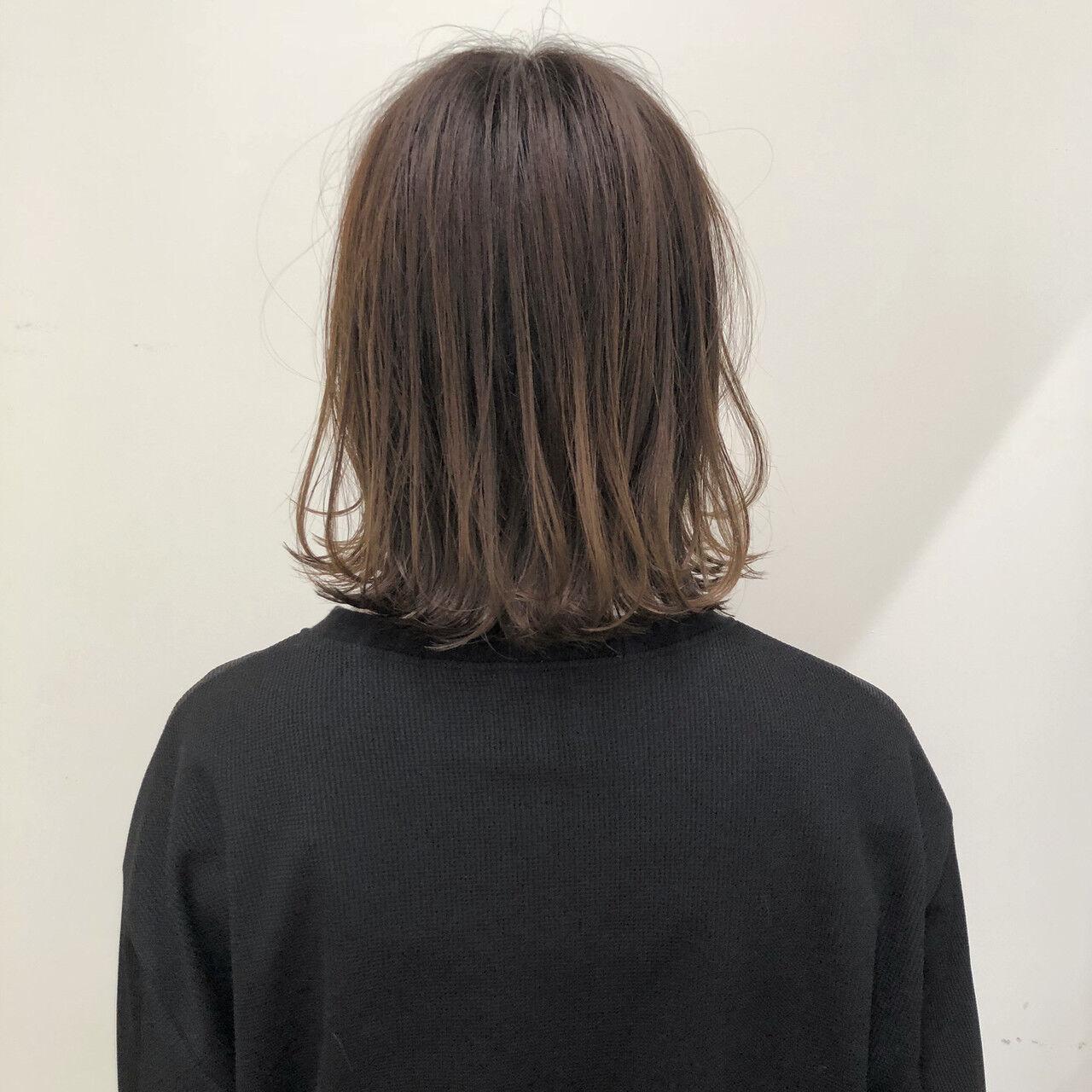 外ハネボブ ショートボブ ボブ ナチュラルヘアスタイルや髪型の写真・画像
