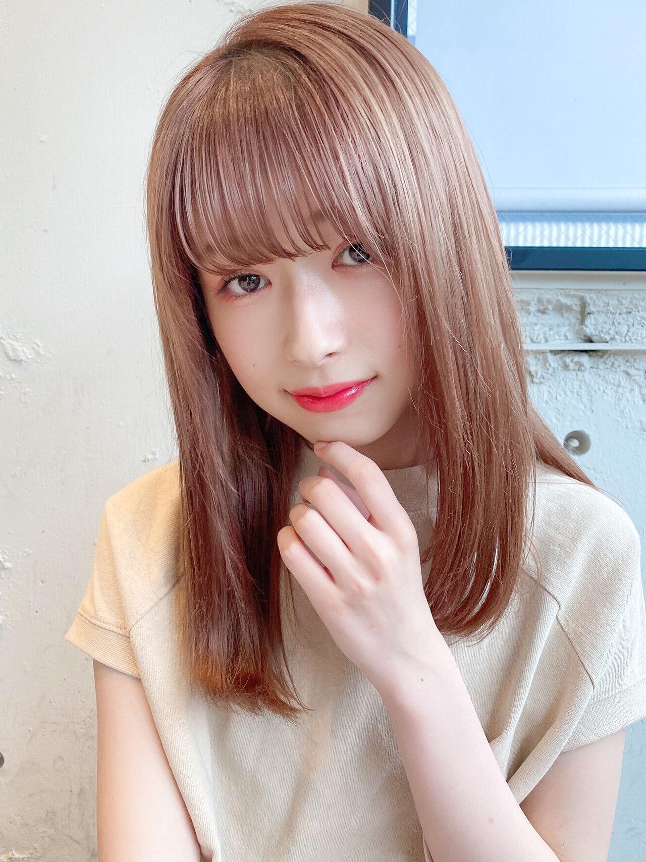 デート ヘアアレンジ セミロング ミディアムレイヤーヘアスタイルや髪型の写真・画像