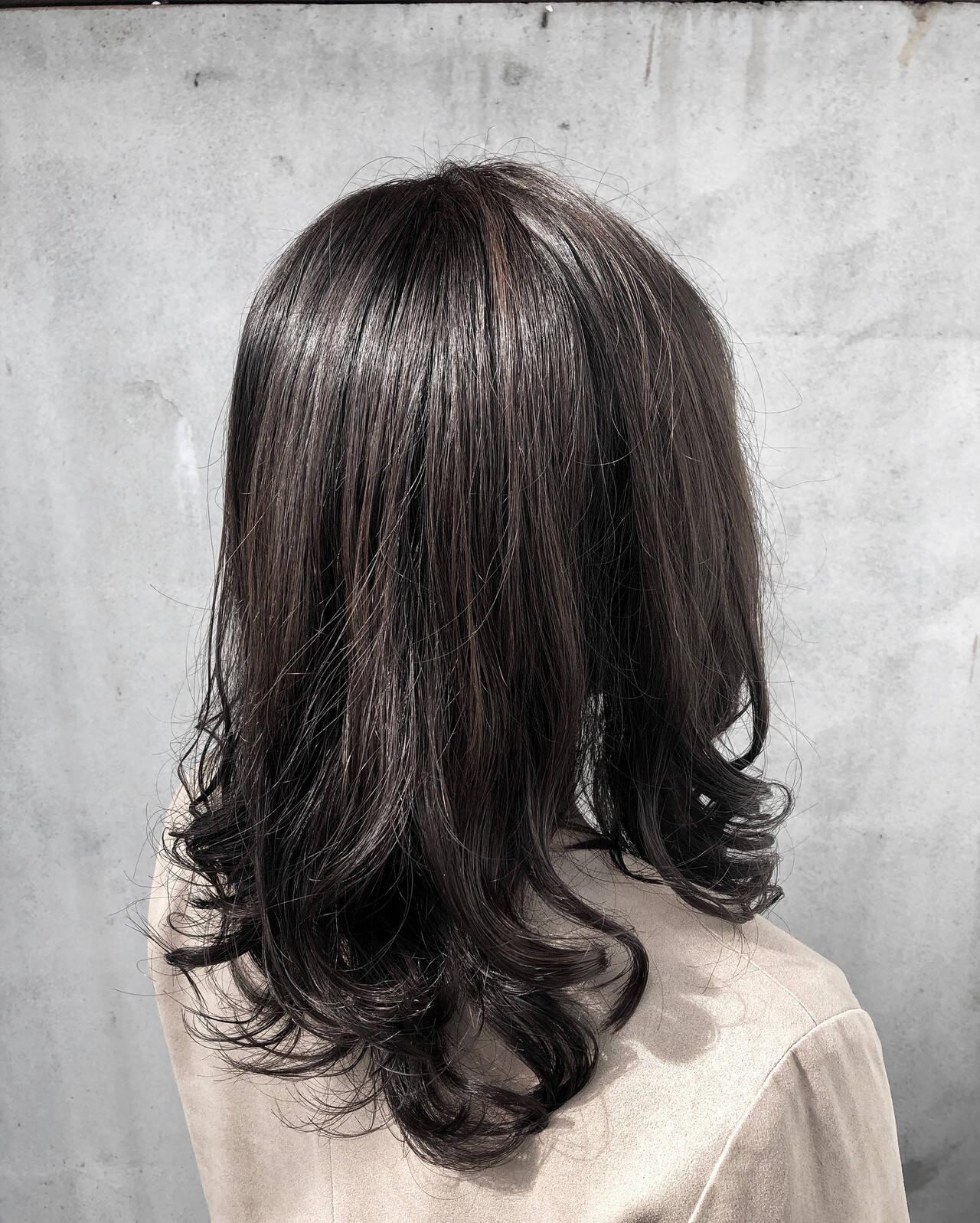 ナチュラル ゆるふわパーマ ナチュラル可愛い セミロングヘアスタイルや髪型の写真・画像