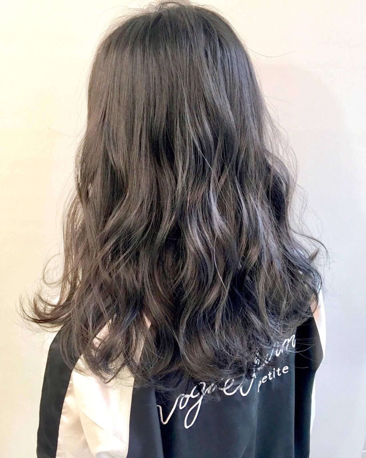 ミルクティーブラウン ミルクティーグレー ミルクティーベージュ ミルクティーアッシュヘアスタイルや髪型の写真・画像