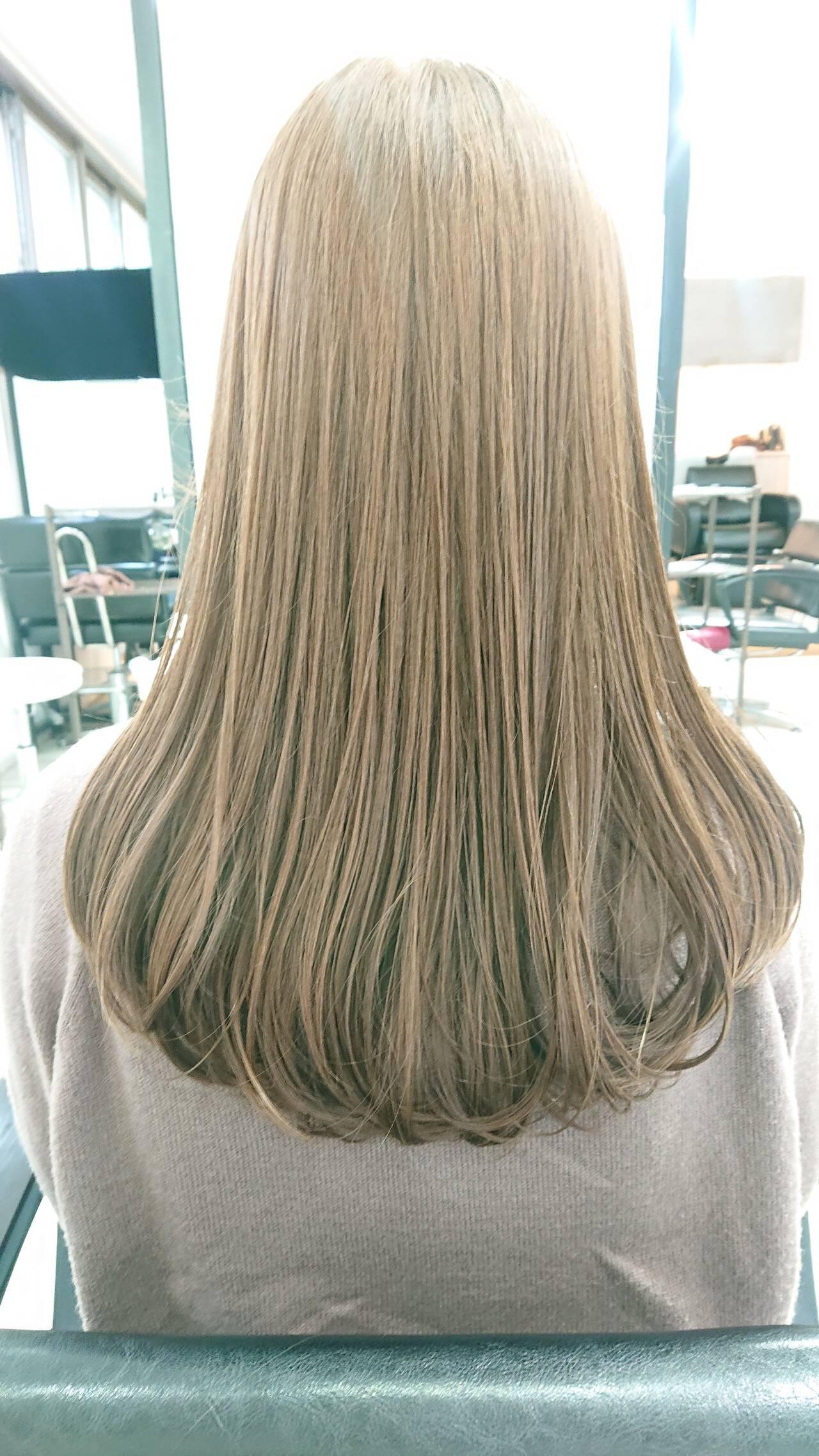 グレージュ ゆるナチュラル シアーベージュ ロングヘアスタイルや髪型の写真・画像