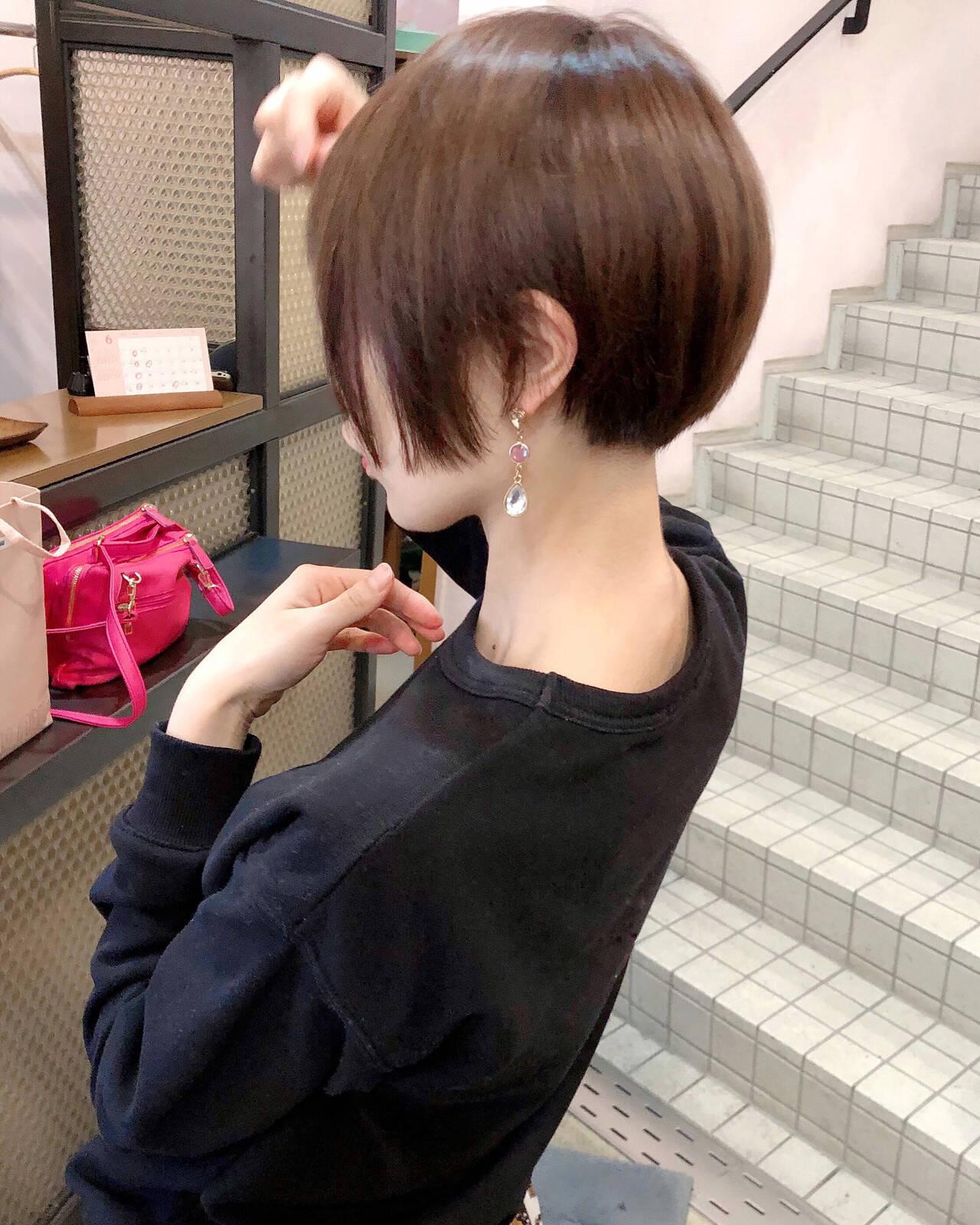 オフィス ショートマッシュ 大人ショート ショートヘアスタイルや髪型の写真・画像