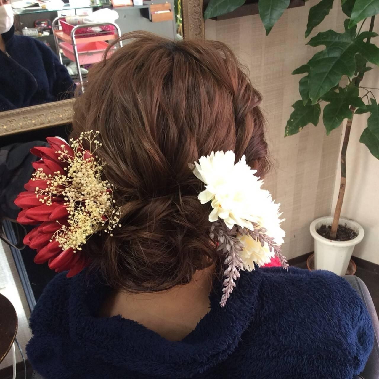 ふわふわヘアアレンジ ヘアアレンジ 成人式ヘア ナチュラルヘアスタイルや髪型の写真・画像