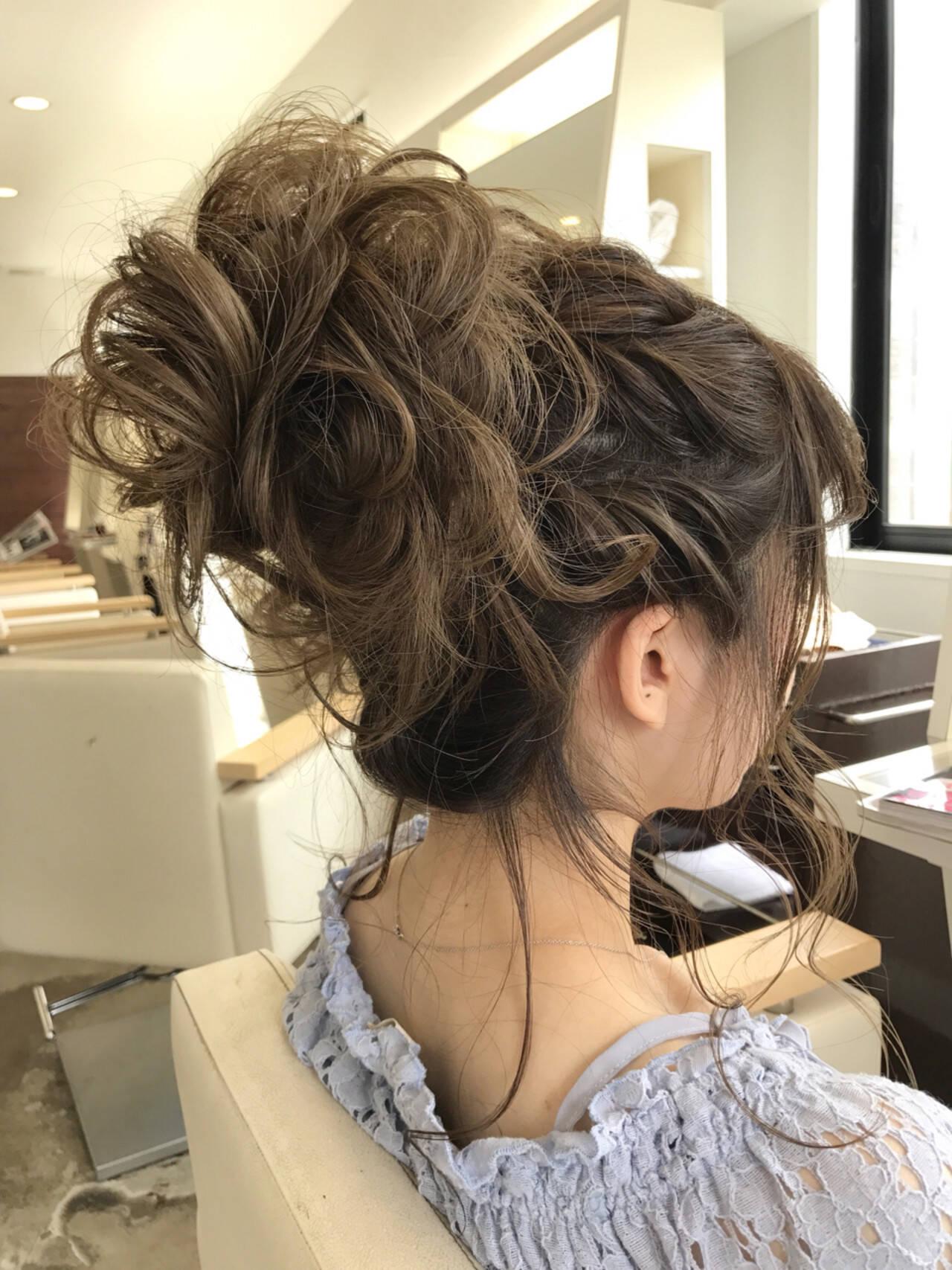 デート 結婚式 ロング お団子ヘアスタイルや髪型の写真・画像