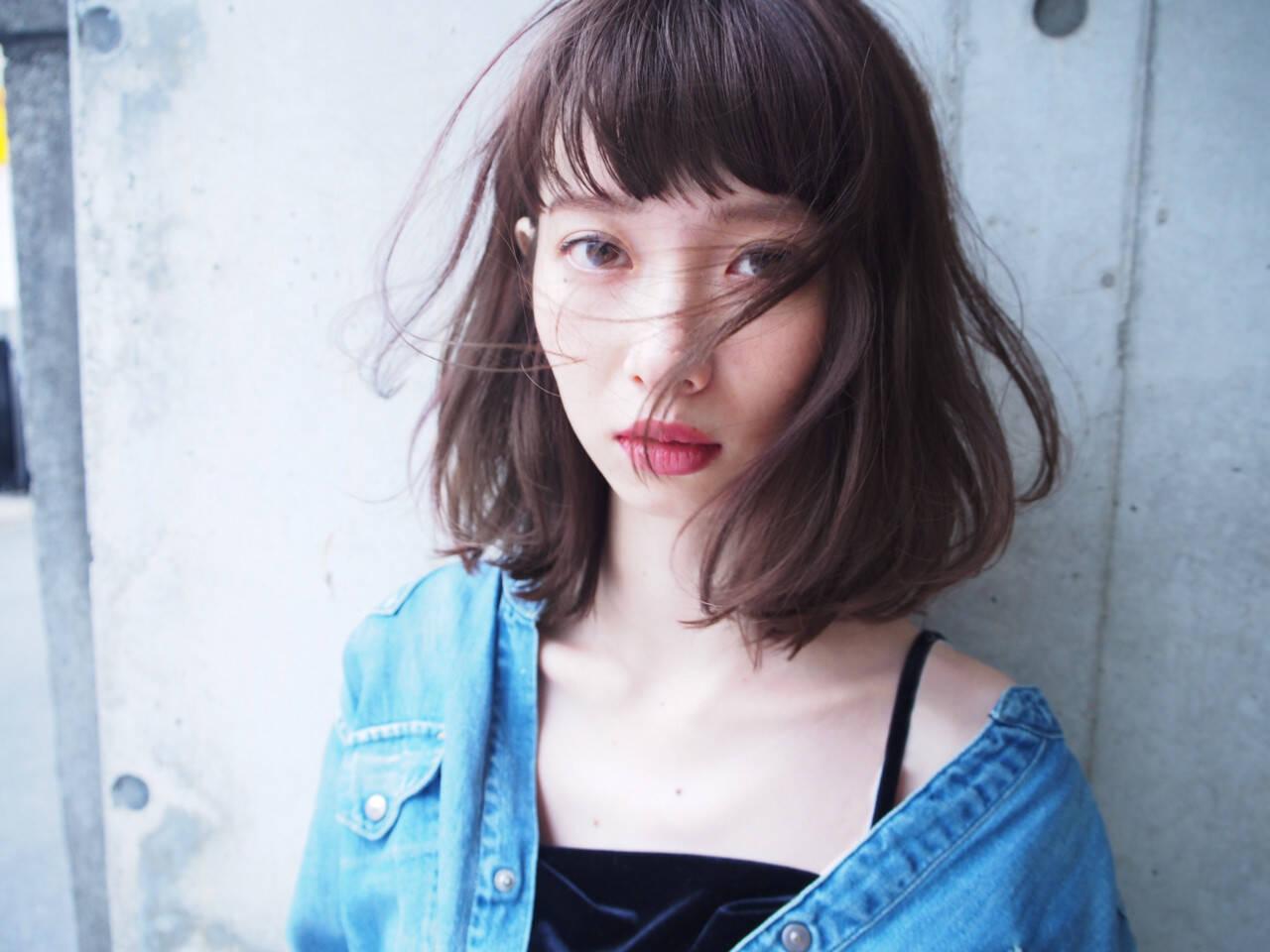 色気 切りっぱなし 小顔 ナチュラルヘアスタイルや髪型の写真・画像