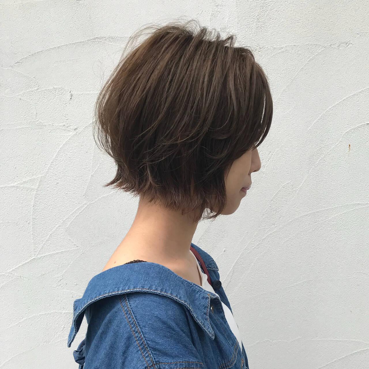 ストリート パーマ 切りっぱなし 外ハネボブヘアスタイルや髪型の写真・画像