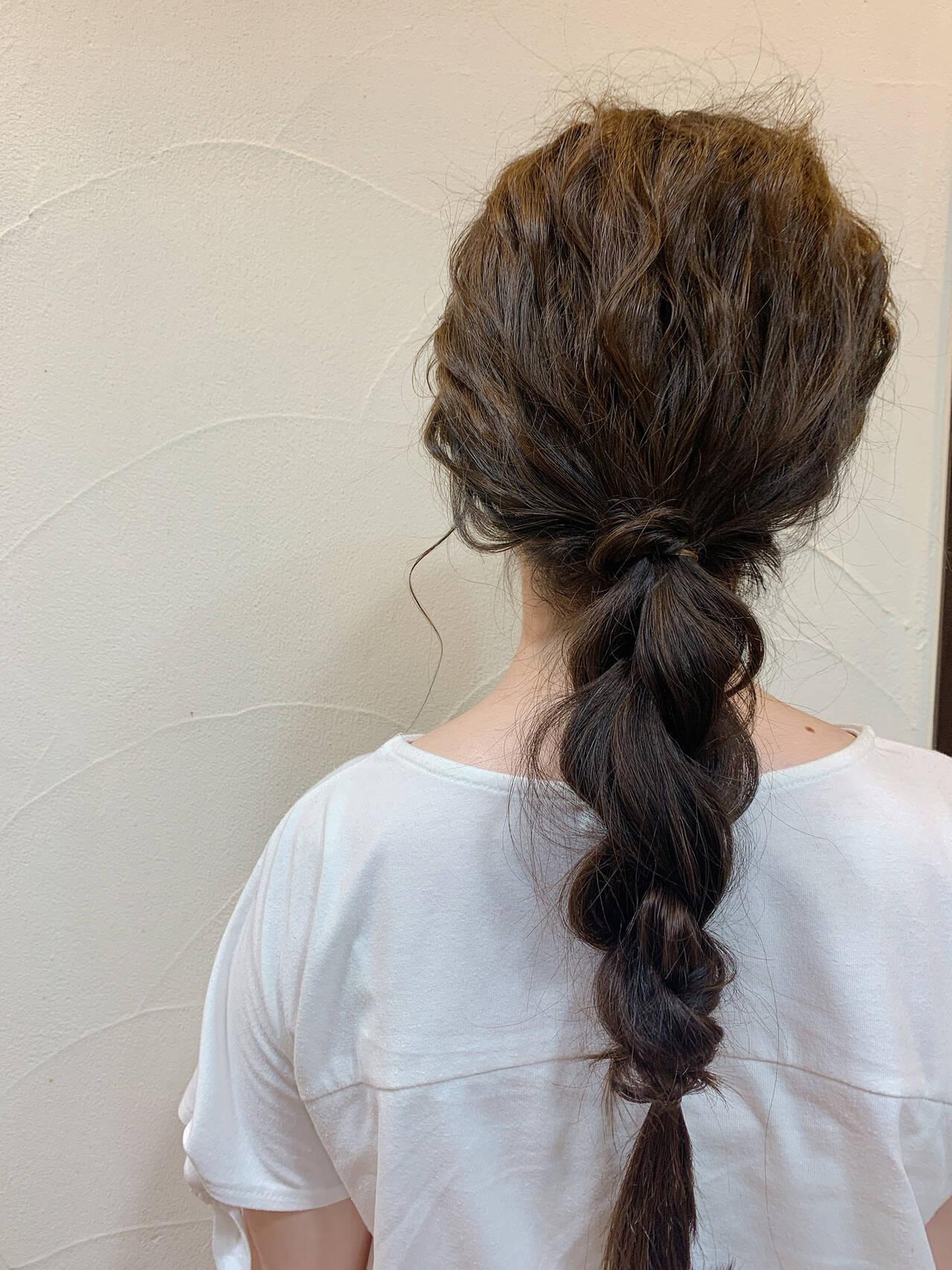 お呼ばれヘア 編みおろしヘア ヘアアレンジ ナチュラルヘアスタイルや髪型の写真・画像