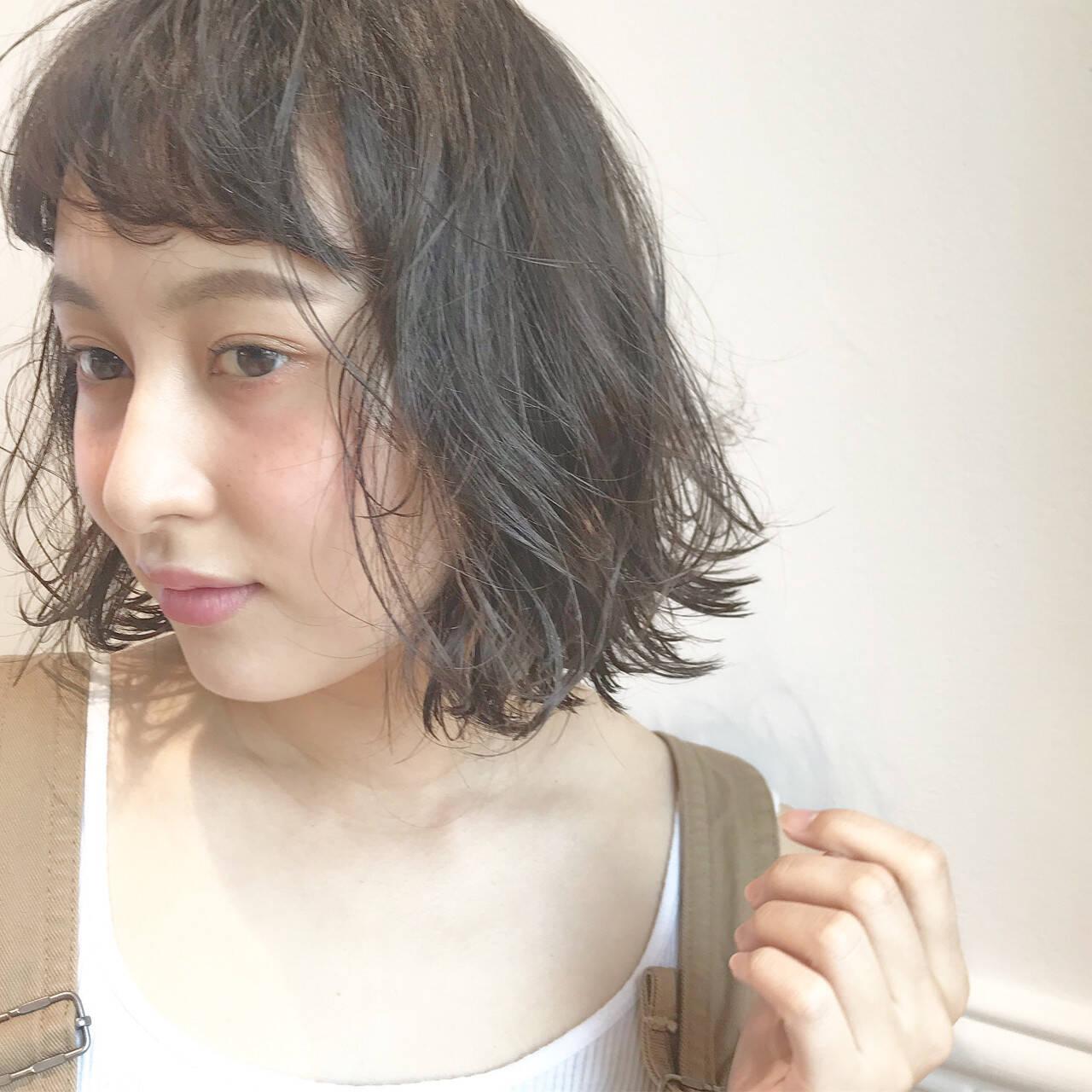 前髪あり ゆるふわ ヘアアレンジ ブラウンベージュヘアスタイルや髪型の写真・画像