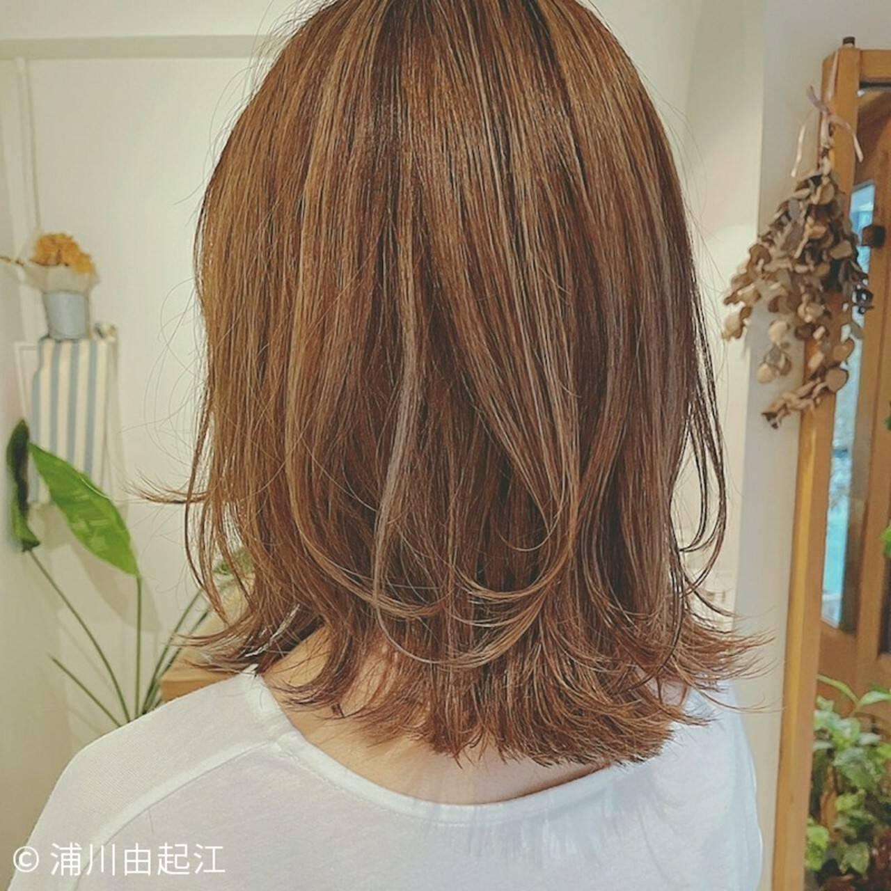 エレガント セミロング ゆるふわ 外国人風カラーヘアスタイルや髪型の写真・画像