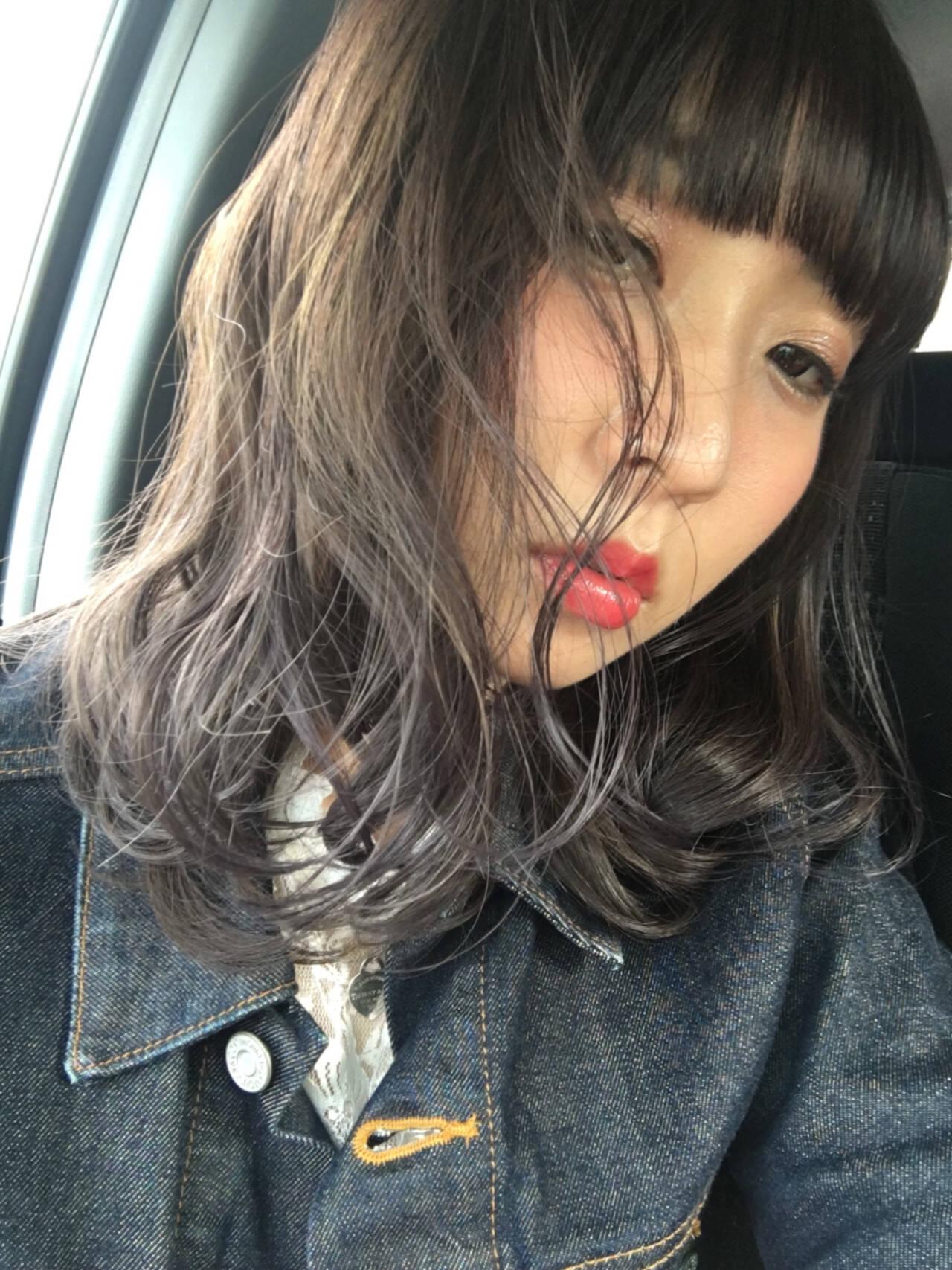 アンニュイ デート 梅雨 ナチュラルヘアスタイルや髪型の写真・画像