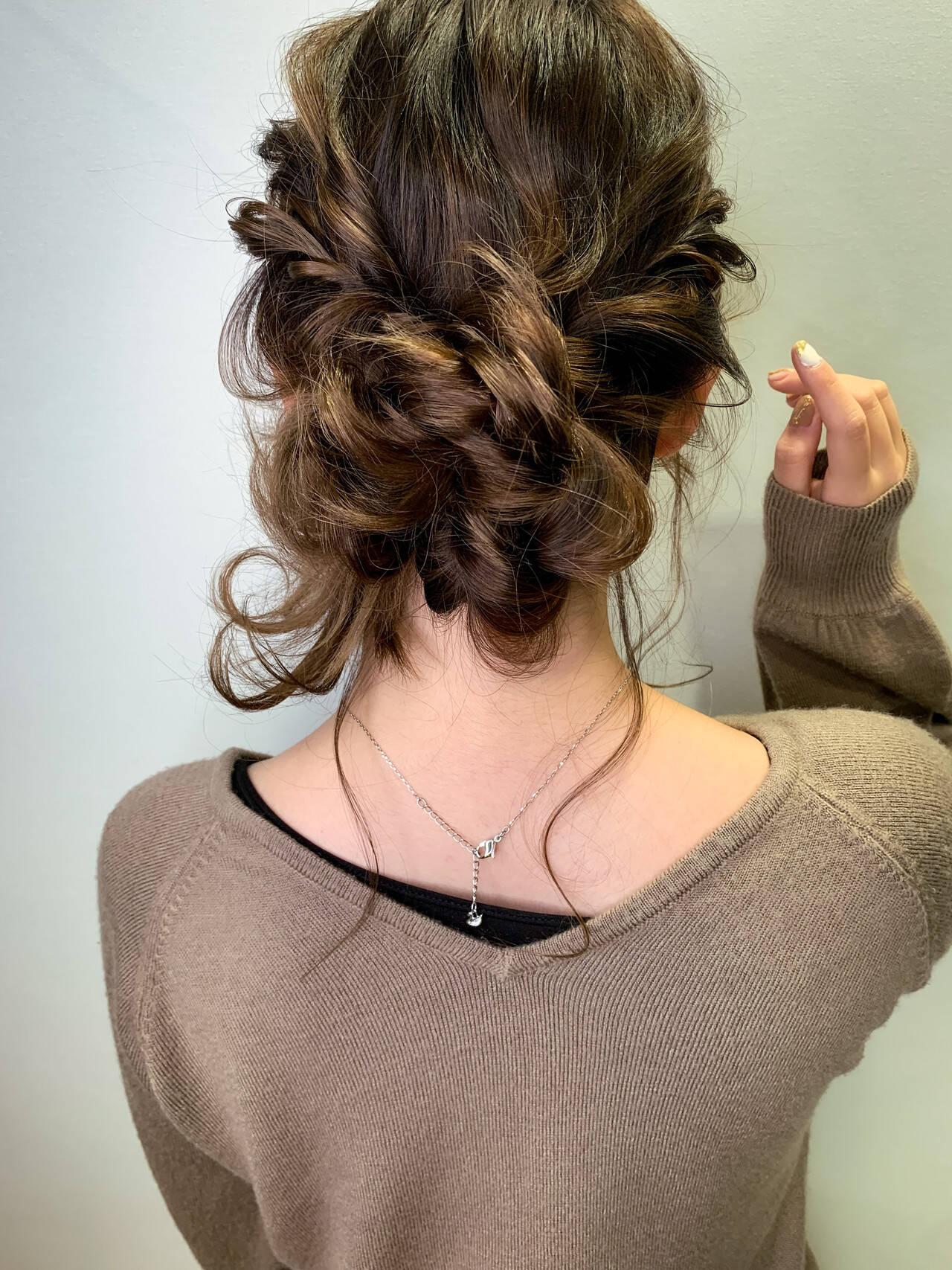 ヘアセット 簡単ヘアアレンジ ナチュラル シニヨンヘアスタイルや髪型の写真・画像