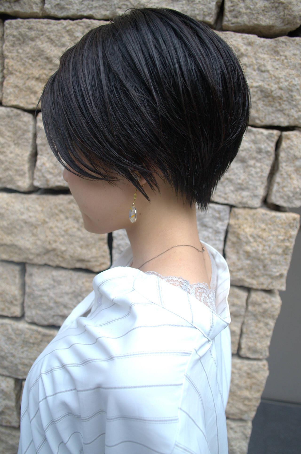 ショートヘア ナチュラル ショート ショートボブヘアスタイルや髪型の写真・画像