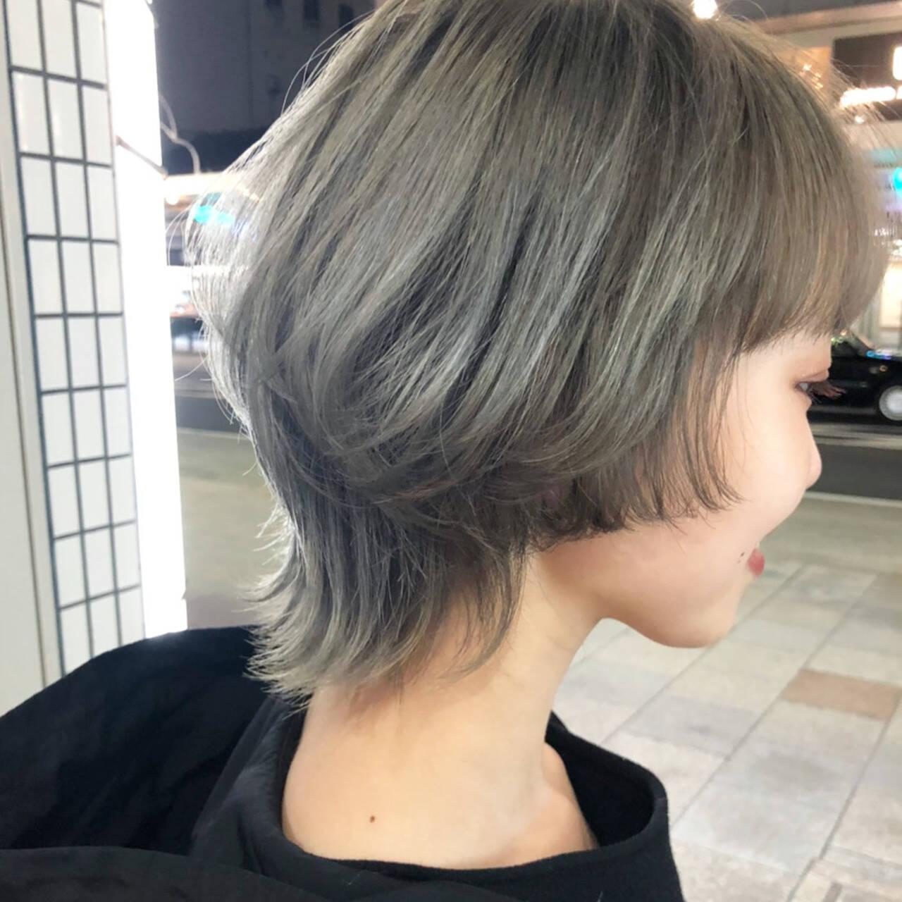 ミディアム モード マッシュウルフ ウルフカットヘアスタイルや髪型の写真・画像