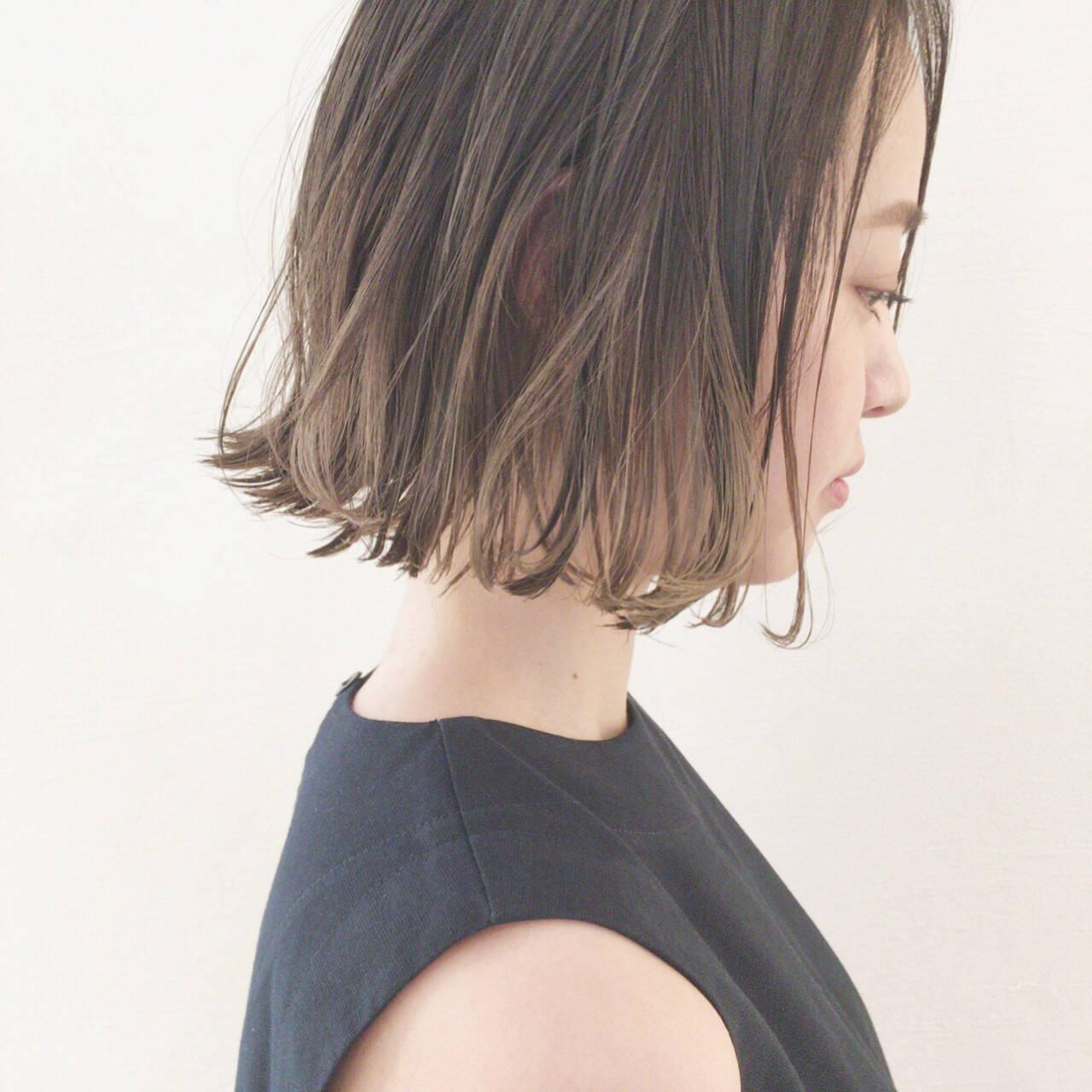 外国人風 アンニュイ 切りっぱなし ウェーブヘアスタイルや髪型の写真・画像