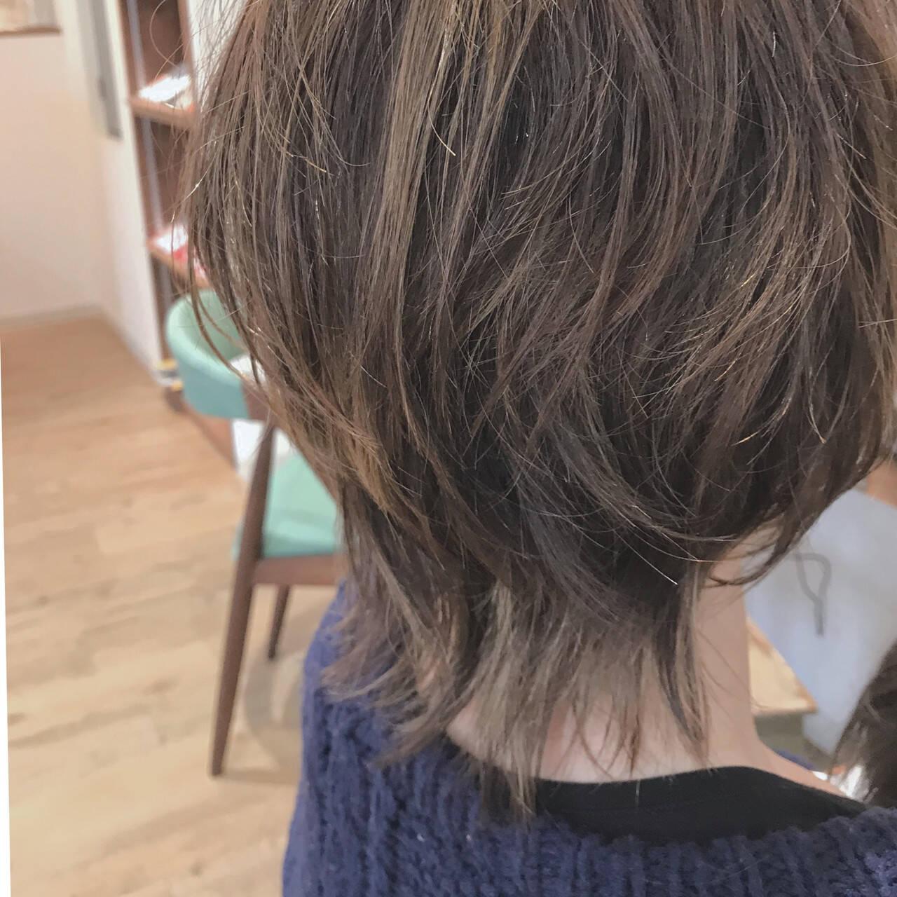 モード ボブ くせ毛風 マッシュウルフヘアスタイルや髪型の写真・画像