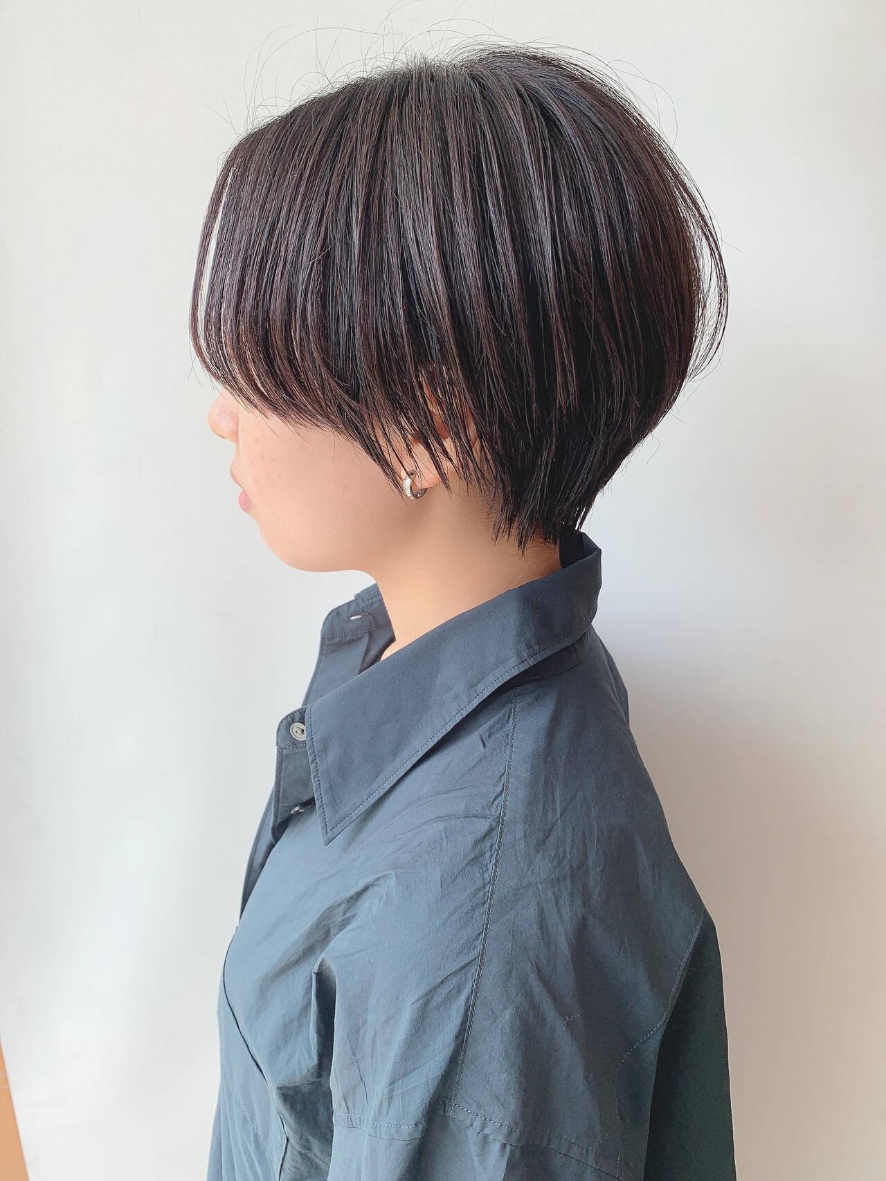 ハンサムショート ナチュラル 黒髪ショート ベリーショートヘアスタイルや髪型の写真・画像