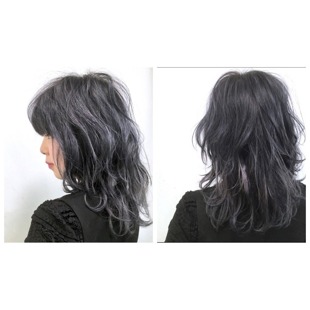 セミロング グレー ミディアム ストリートヘアスタイルや髪型の写真・画像