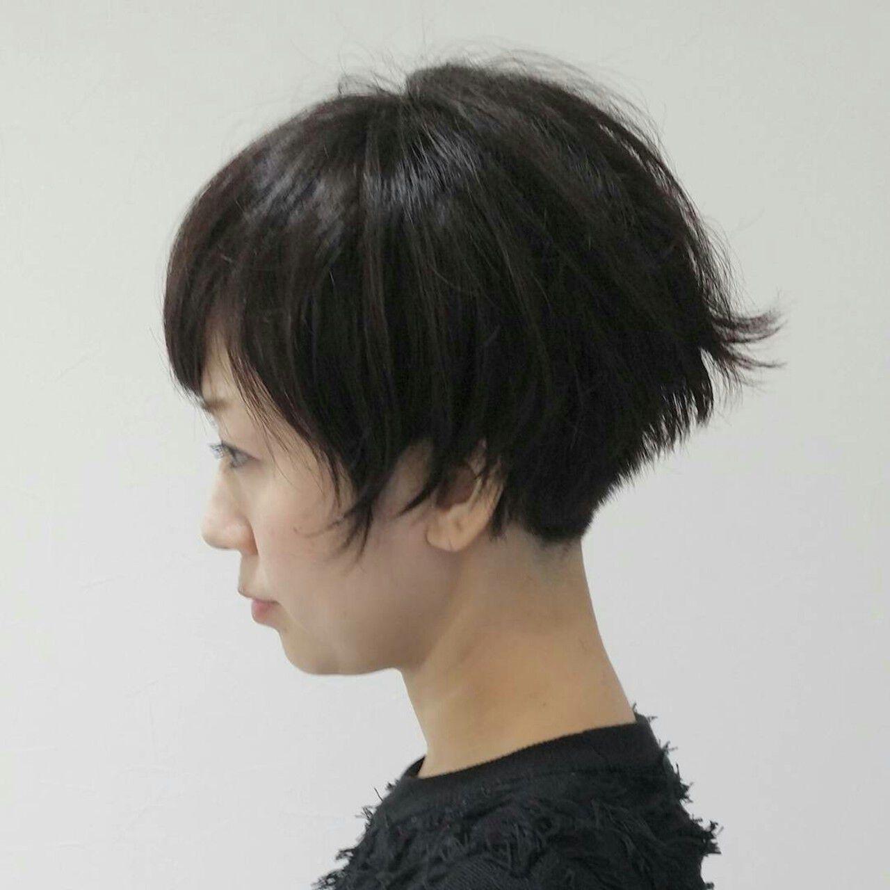 ショート 暗髪 冬 モードヘアスタイルや髪型の写真・画像