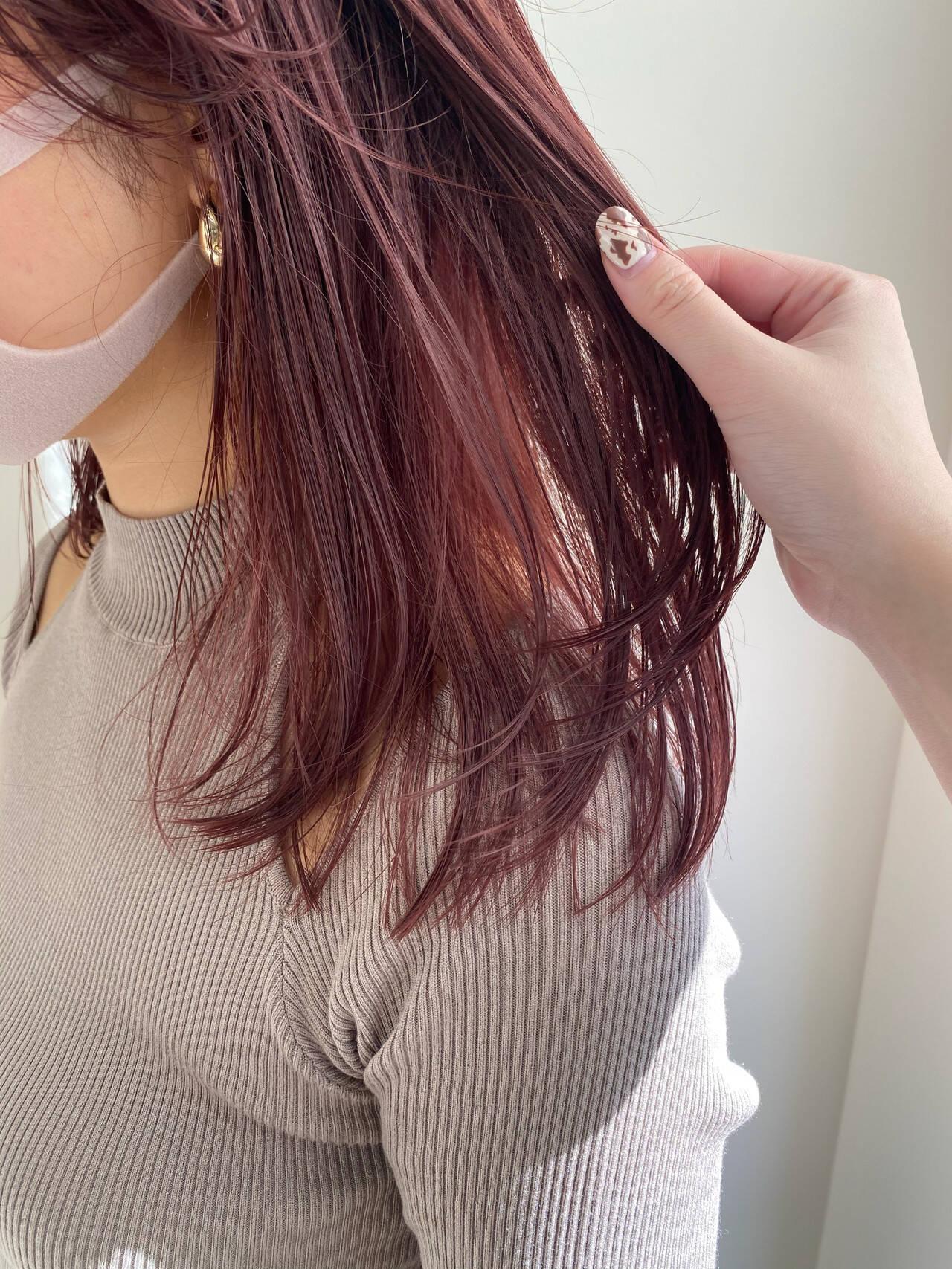 ベリーピンク セミロング ストリート ハイトーンカラーヘアスタイルや髪型の写真・画像