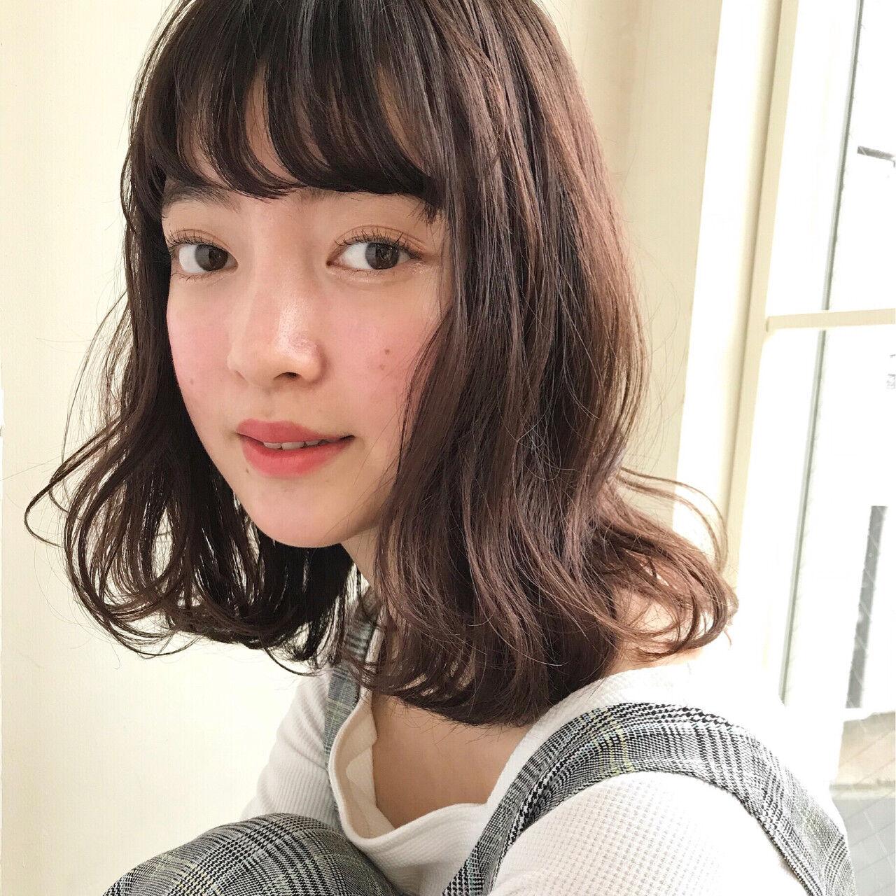 フェミニン グレージュ ゆるふわ エフォートレスヘアスタイルや髪型の写真・画像