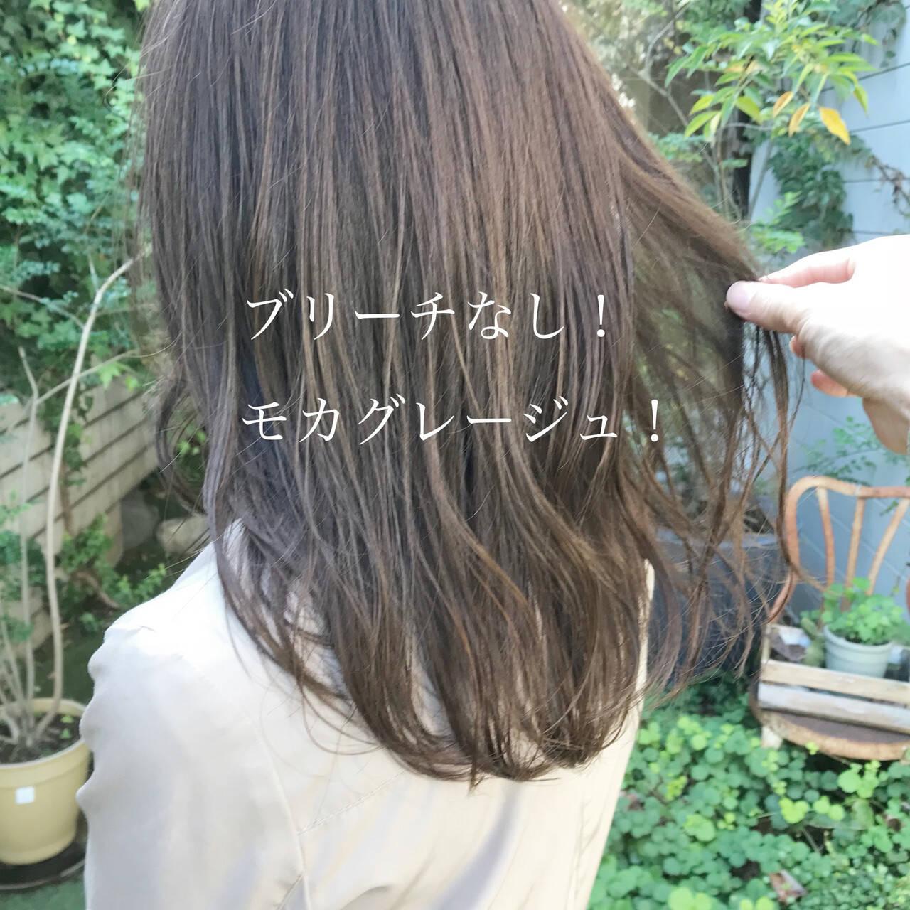 グレージュ ヘアカラー ベージュ セミロングヘアスタイルや髪型の写真・画像