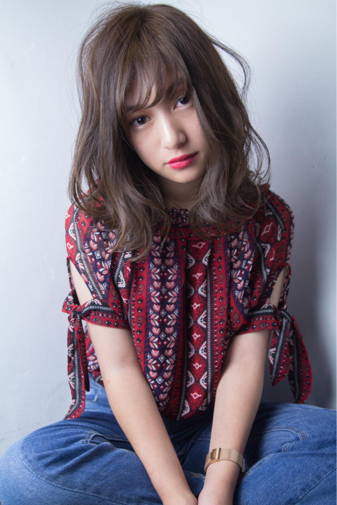 ウェーブ 透明感 ミディアム かわいいヘアスタイルや髪型の写真・画像